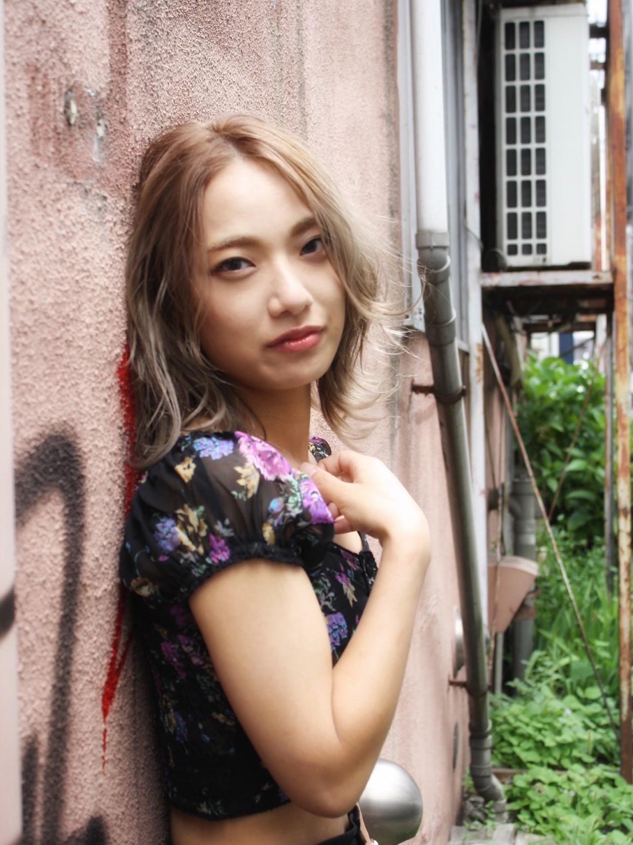 韓国ヘア ミルクティーベージュ 韓国 ミディアム ヘアスタイルや髪型の写真・画像 | 村井優紀 / FITS CORE フィッツコア