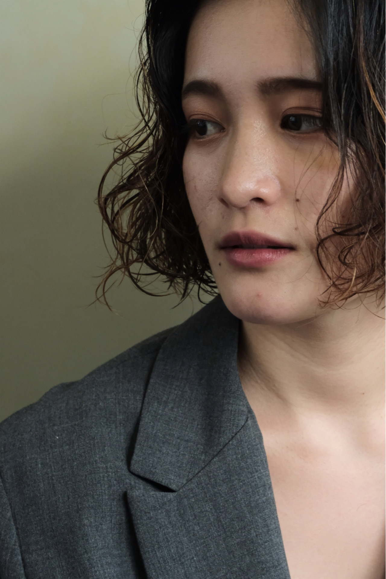 ウェーブ オフィス 外国人風 ナチュラル ヘアスタイルや髪型の写真・画像 | 馬渡 次郎 / corsair