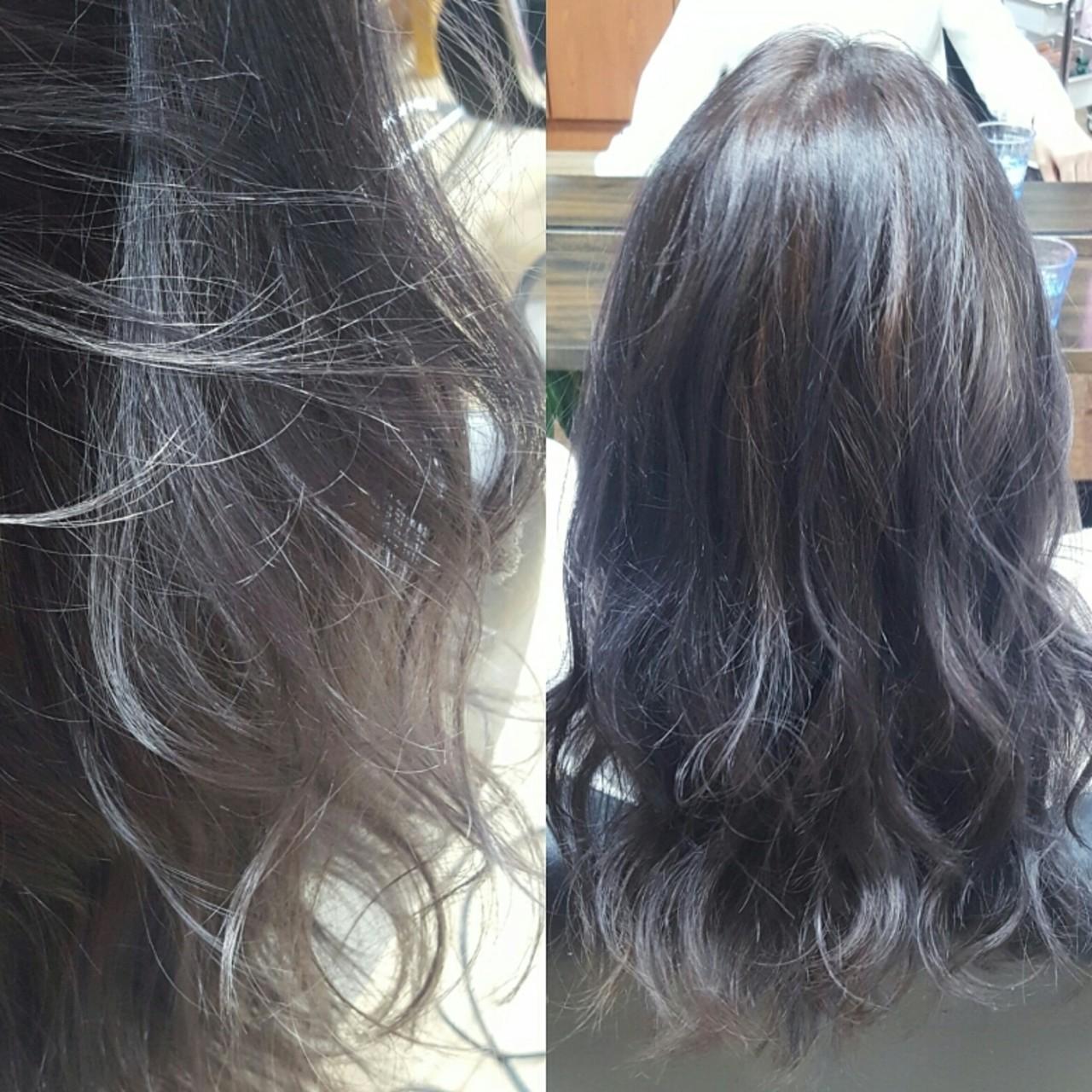 パープル ロング ブリーチ ダブルカラーヘアスタイルや髪型の写真・画像