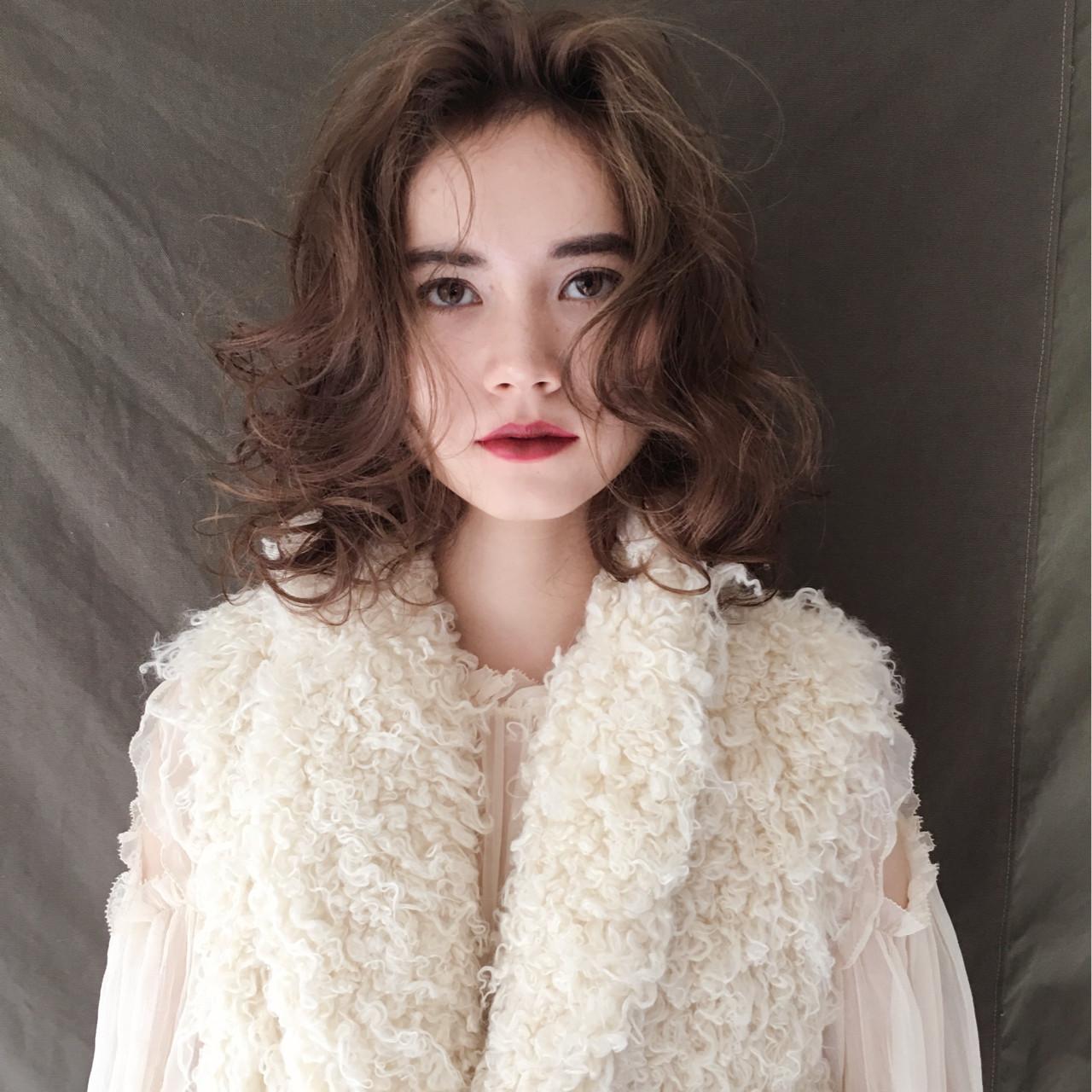簡単 パーマ ナチュラル 外国人風 ヘアスタイルや髪型の写真・画像 | 西嶋えり子 / HAIR'S Lunetta