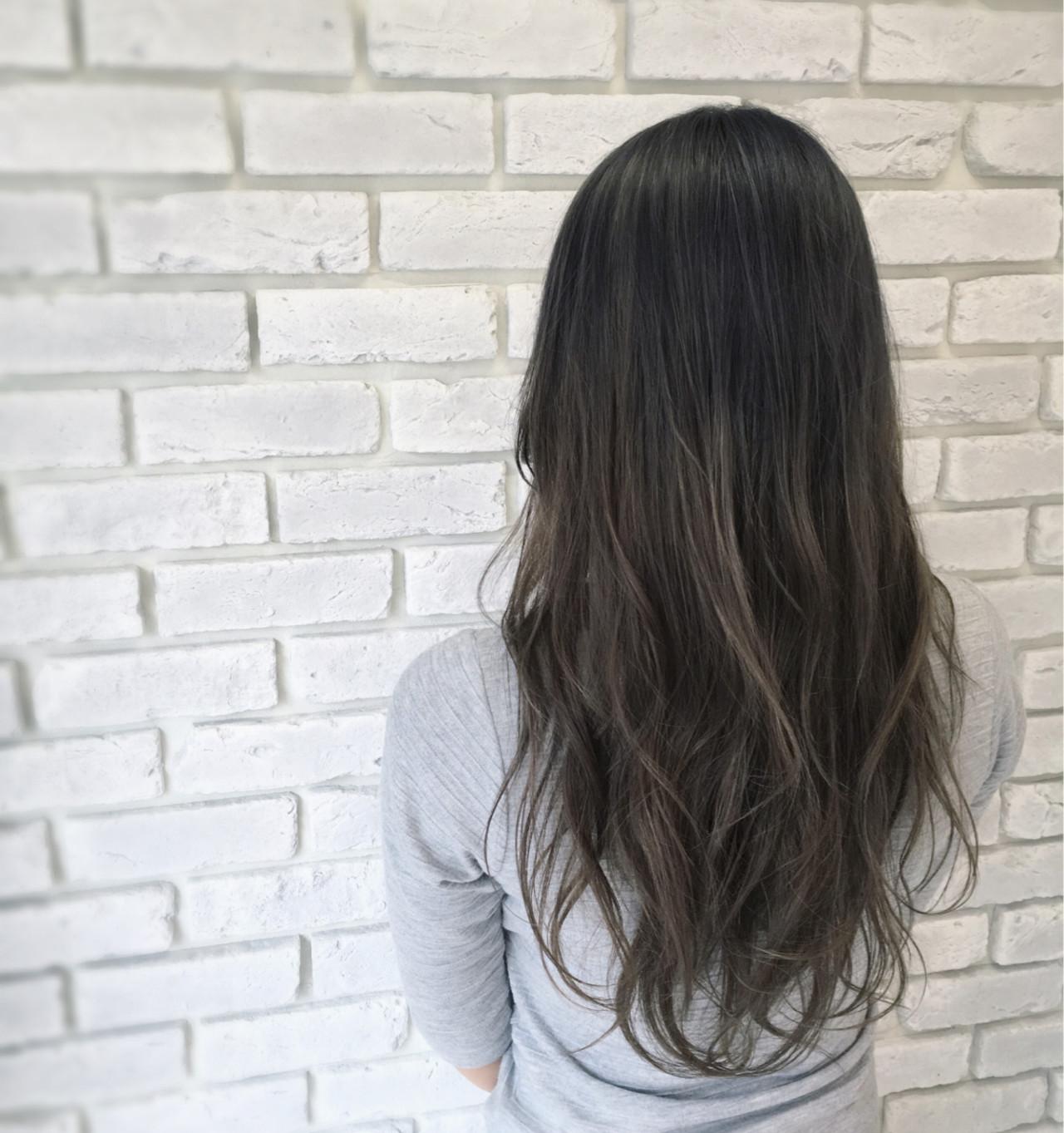 アッシュ グレージュ ストリート グラデーションカラー ヘアスタイルや髪型の写真・画像 | 田中晋也 / prize(プライズ)表参道店