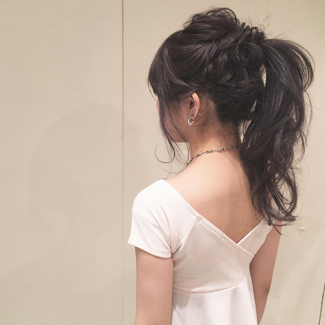ポニーテール ナチュラル ヘアアレンジ ロング ヘアスタイルや髪型の写真・画像 | 平川 元気 / MAPUNA