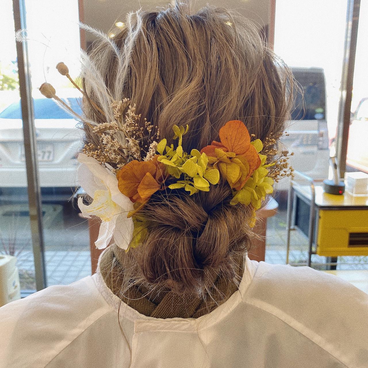 ふわふわヘアアレンジ ヘアアレンジ お団子アレンジ 結婚式ヘアアレンジ ヘアスタイルや髪型の写真・画像