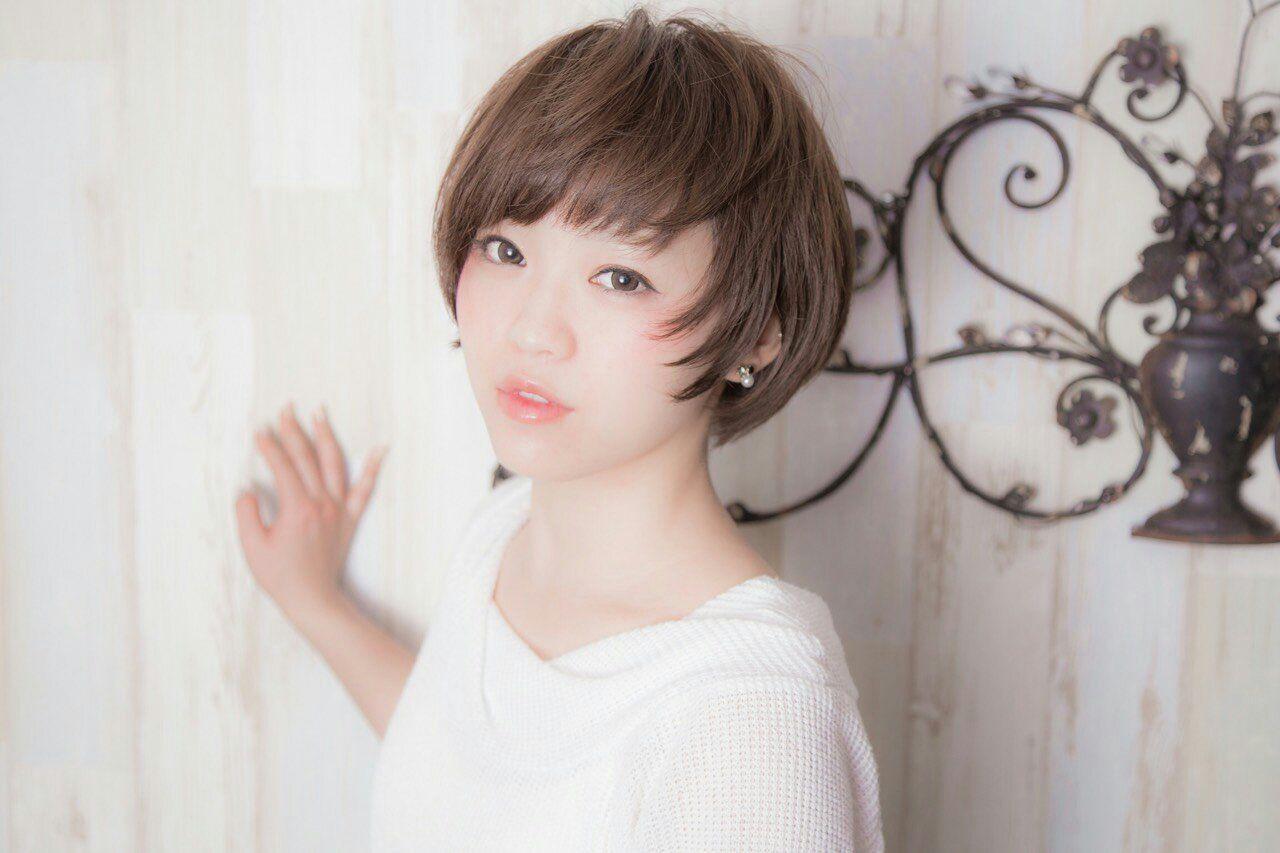 首元を見せて涼しげ女子に♡あなたにぴったりのショートヘアを見つけよう! 志摩 法香