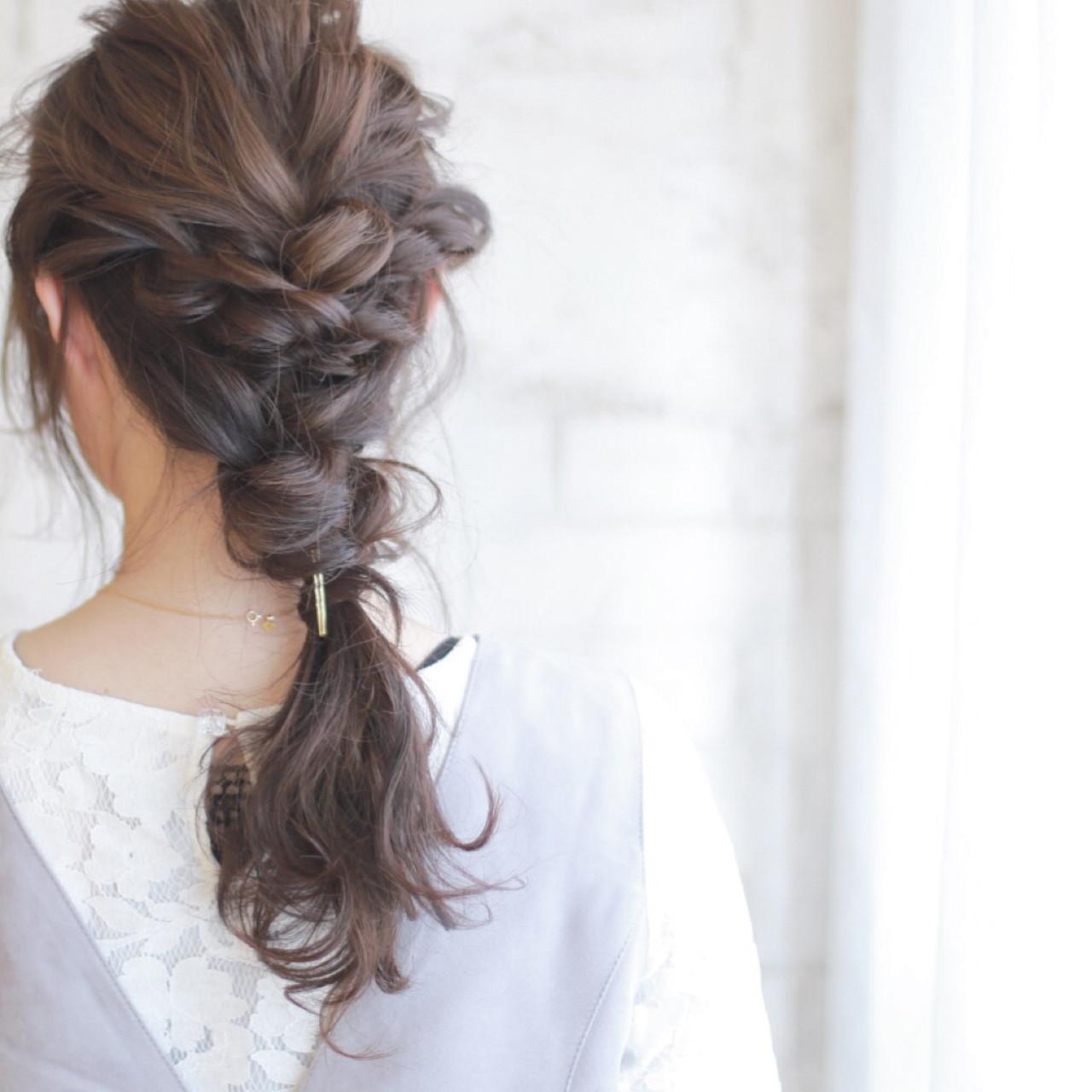 簡単ヘアアレンジ 結婚式 ゆるふわ ショート ヘアスタイルや髪型の写真・画像   廣田哲也 / nalu hair