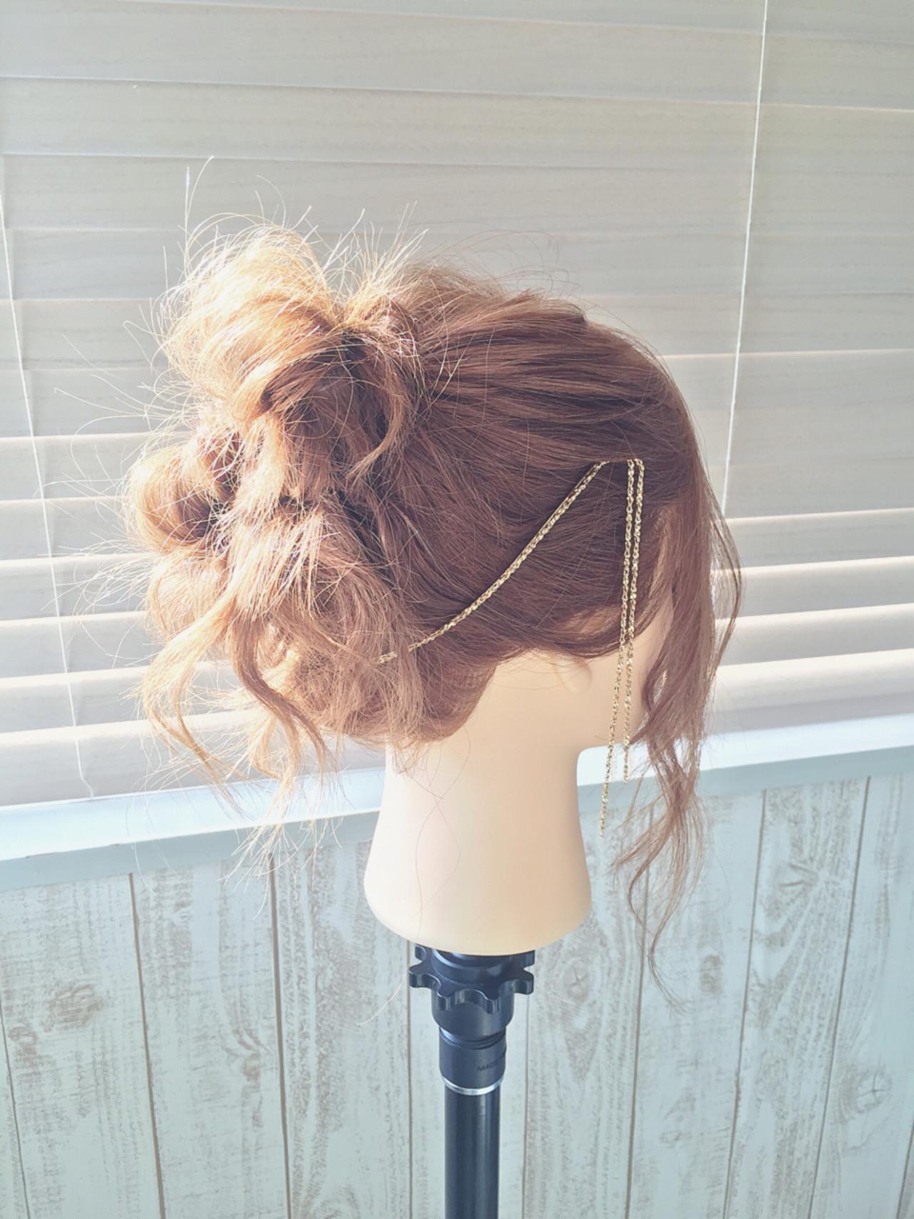 オシャレ女子の味方、2大アイテムをご紹介!<バックカチューシャ・三日月コーム> KAUNALOA hair&make