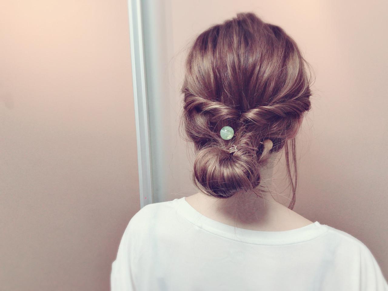 夏 簡単ヘアアレンジ フェミニン ヘアアレンジ ヘアスタイルや髪型の写真・画像 | Misaki / BUMP