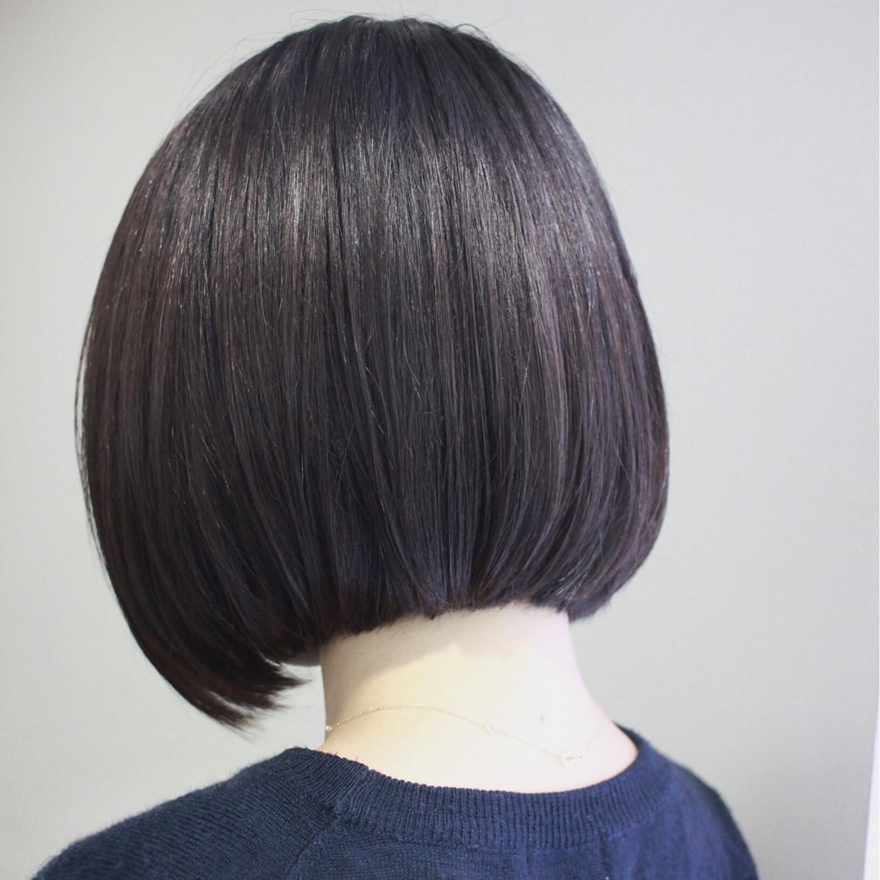 ボブ ナチュラル 前下がり ショートヘアスタイルや髪型の写真・画像