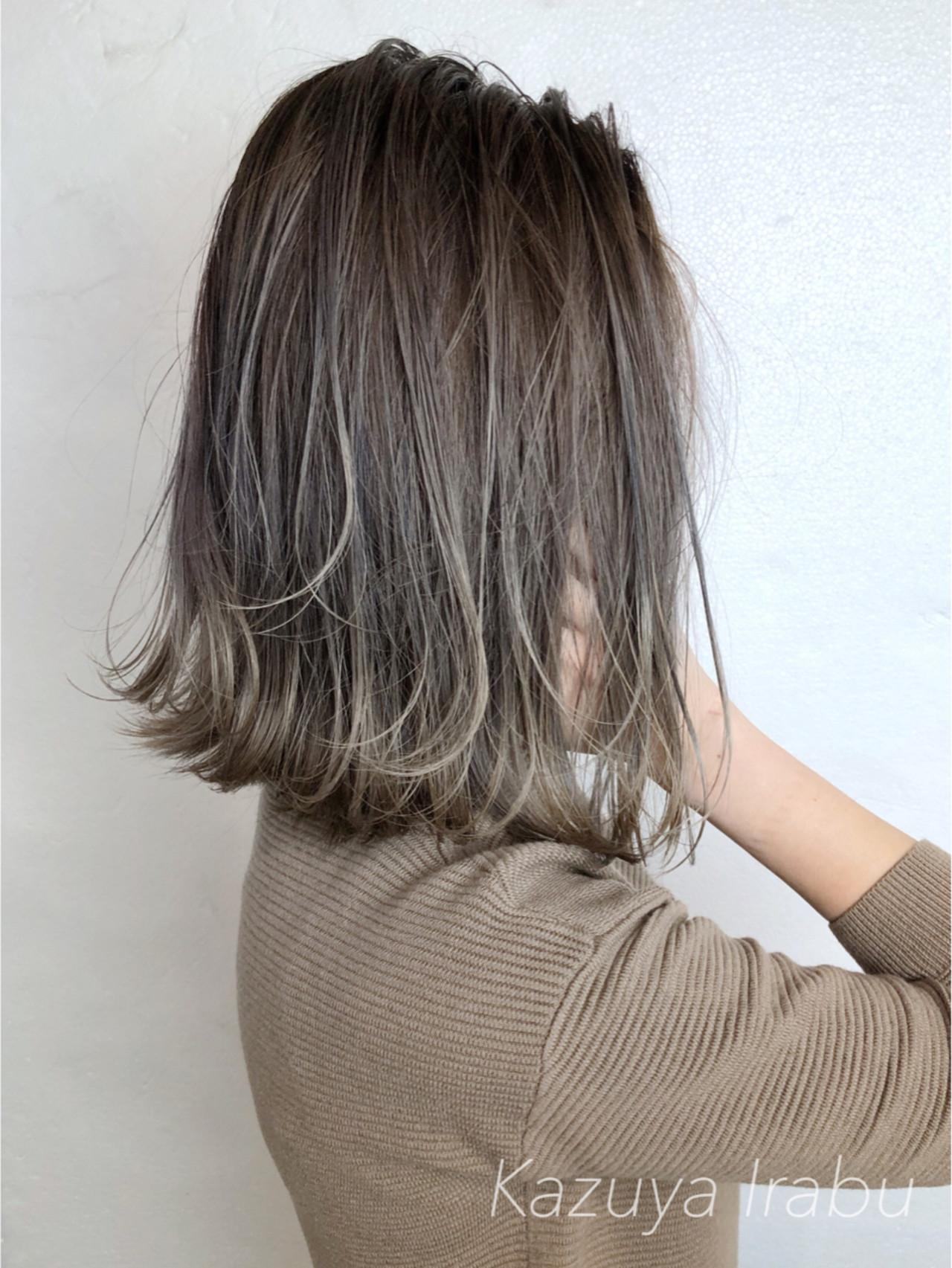 オフィス 愛され モード バレイヤージュヘアスタイルや髪型の写真・画像