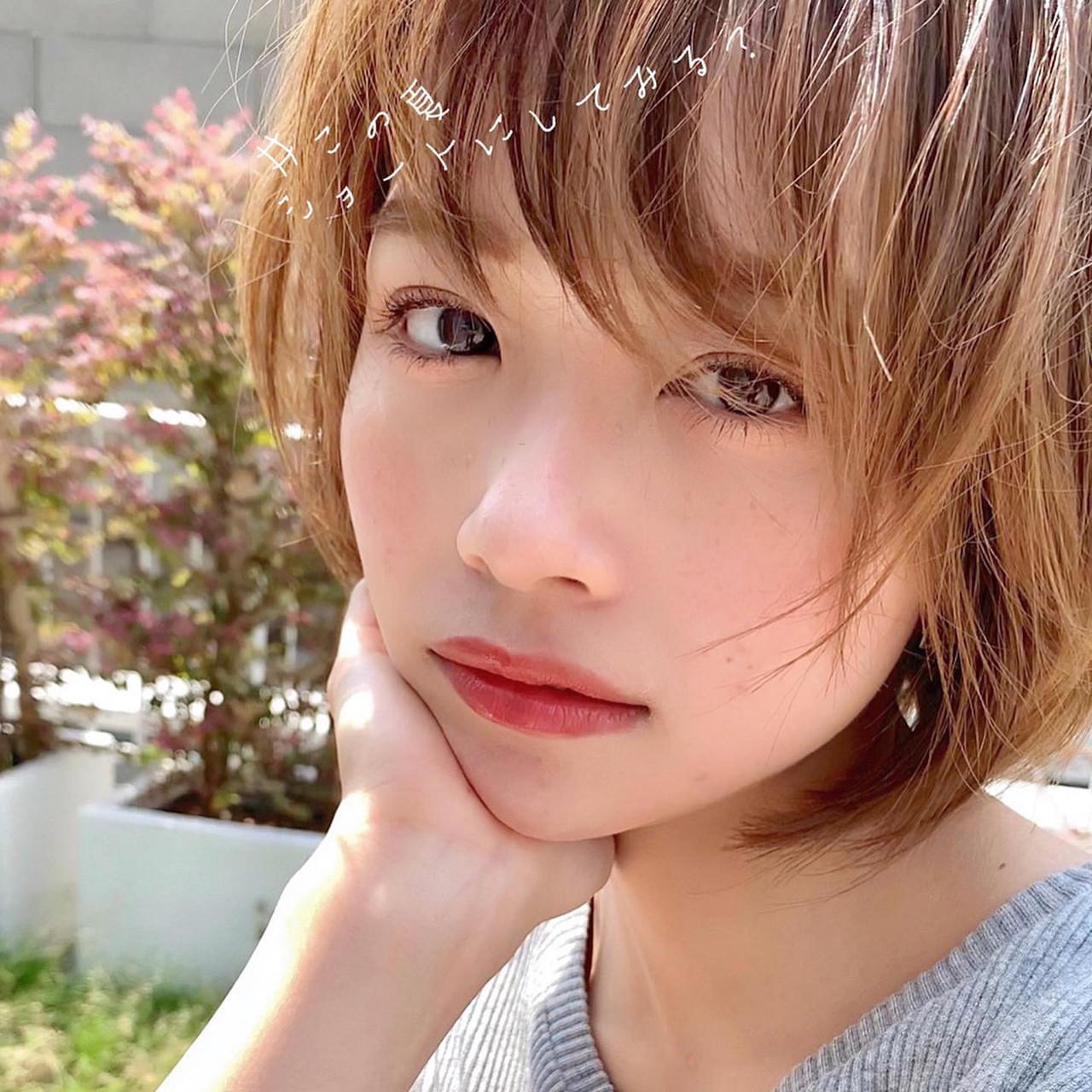 ショート アンニュイほつれヘア アウトドア 大人かわいい ヘアスタイルや髪型の写真・画像 | ショートボブの匠【 山内大成 】『i.hair』 / 『 i. 』 omotesando