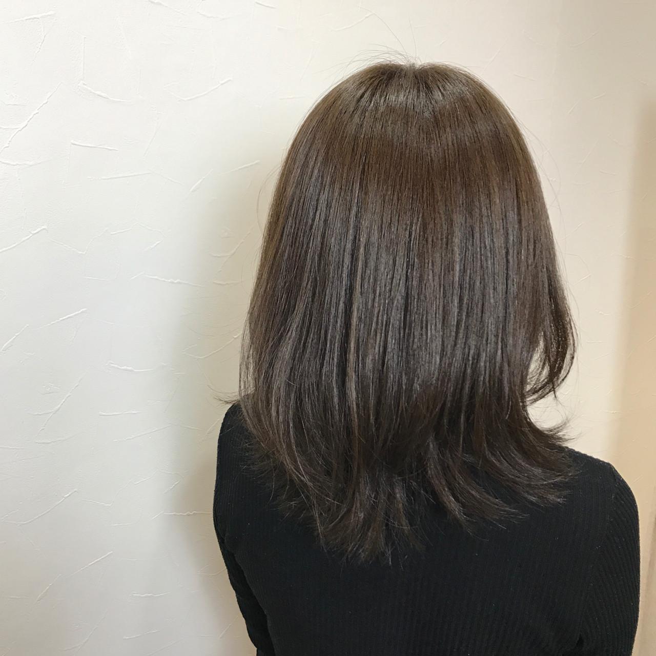 ミディアム ガーリー ベージュ マット ヘアスタイルや髪型の写真・画像 | REI / chara池袋