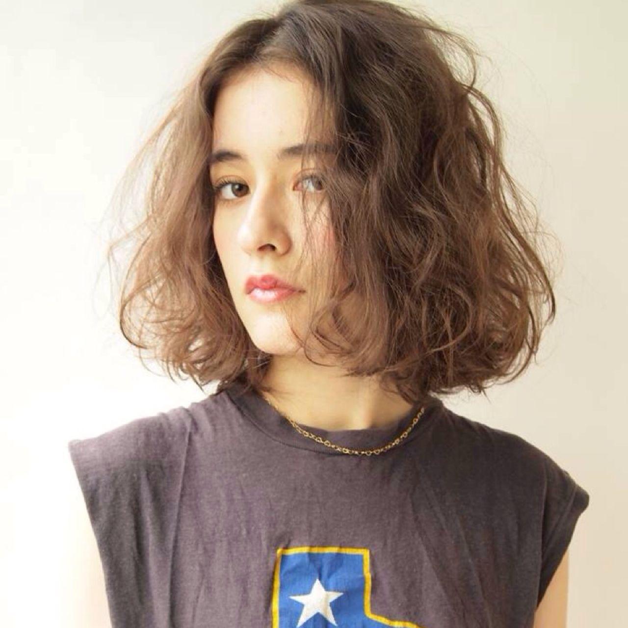 ニュアンス カール 外国人風 ストリートヘアスタイルや髪型の写真・画像