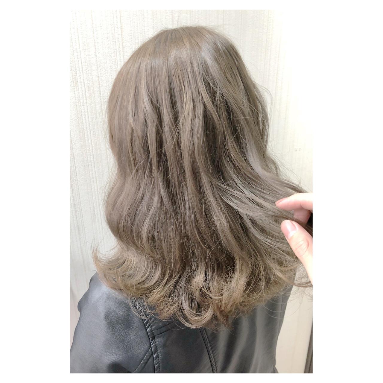 デート ヘアアレンジ ナチュラル ミディアムヘアスタイルや髪型の写真・画像