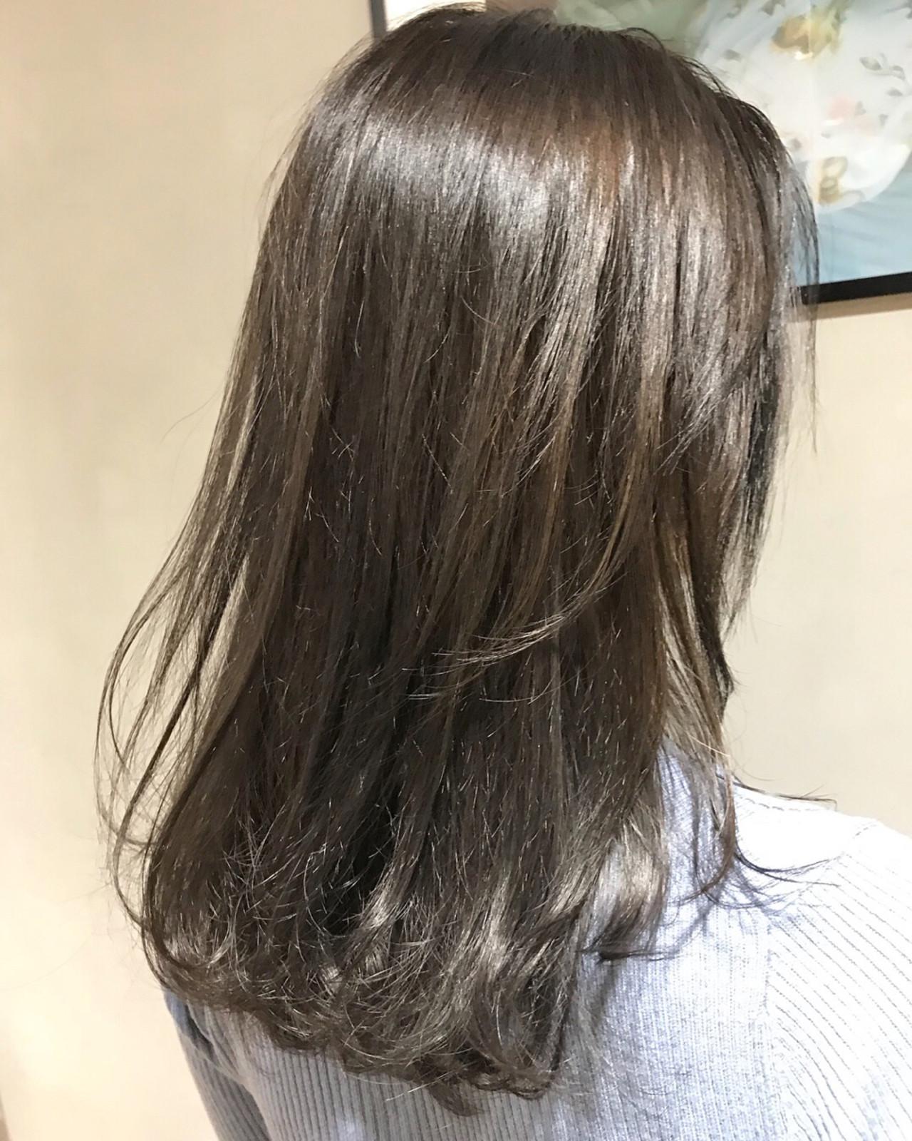 レイヤーカット 暗髪 透明感 ナチュラルヘアスタイルや髪型の写真・画像