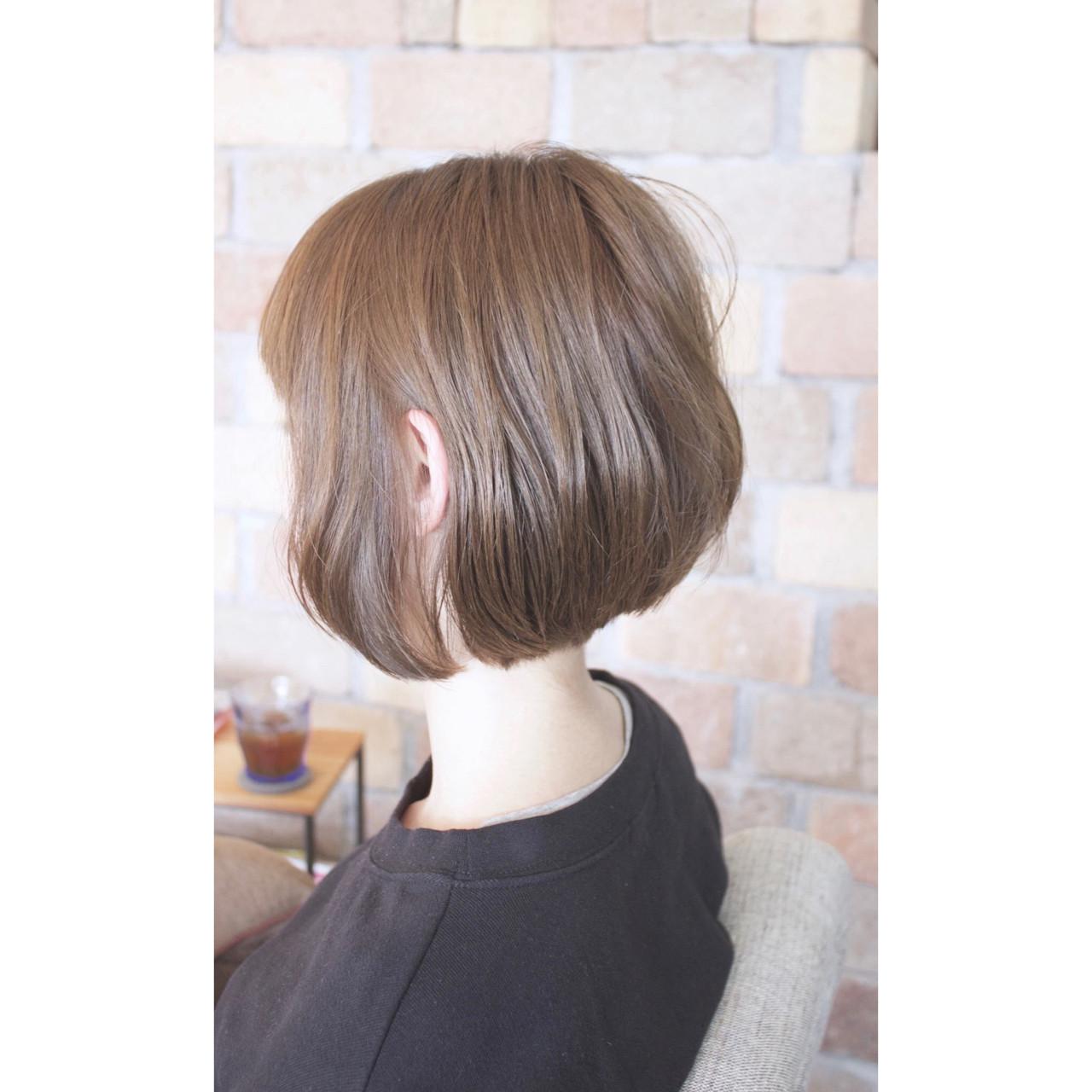 女子会 アッシュ 色気 フェミニンヘアスタイルや髪型の写真・画像
