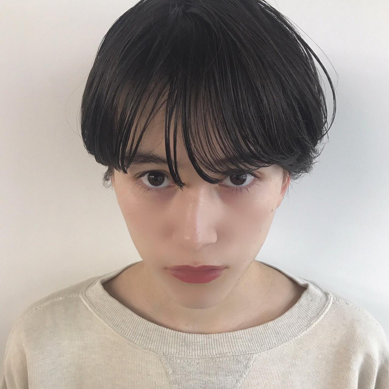 大人女子 ナチュラル 前髪パーマ 前髪ありヘアスタイルや髪型の写真・画像