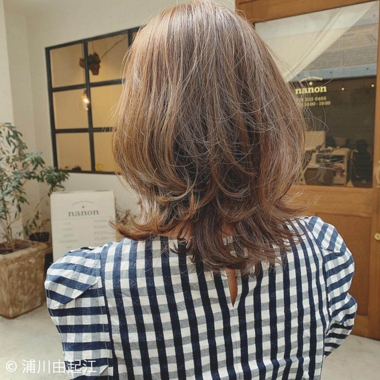 ミディアム ハイライト デート モテ髪ヘアスタイルや髪型の写真・画像