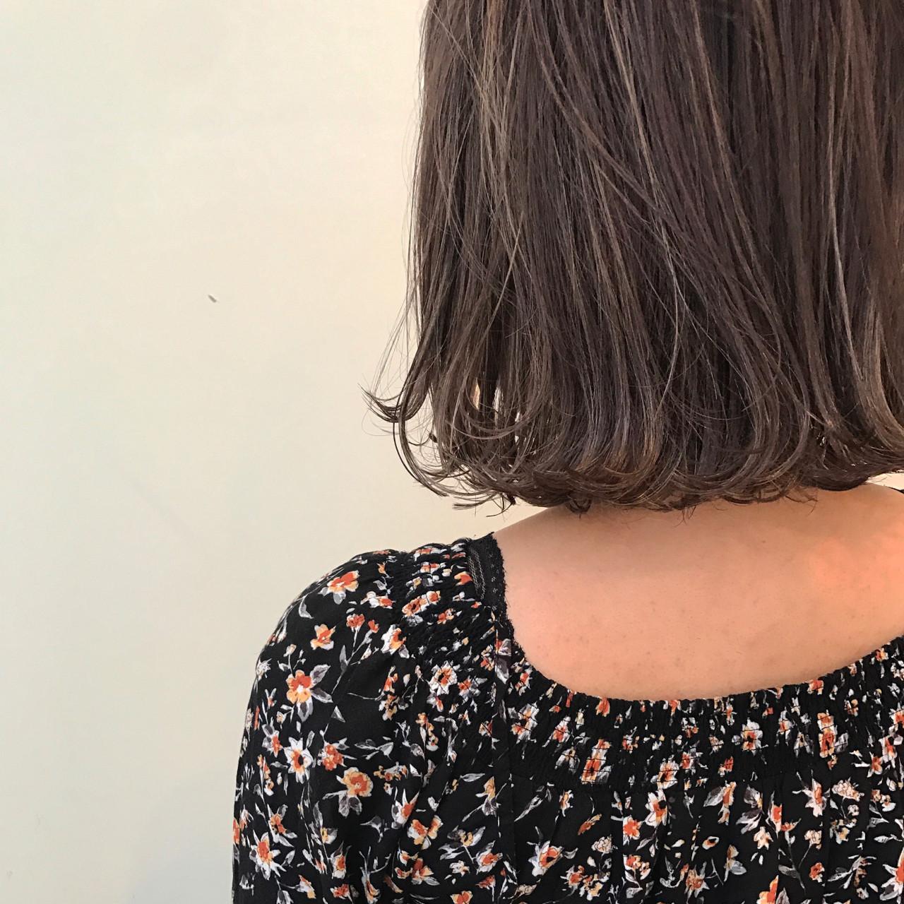 ナチュラル ニュアンス ハイライト 切りっぱなし ヘアスタイルや髪型の写真・画像   yumiko/sapporoSKNOW / SKNOW