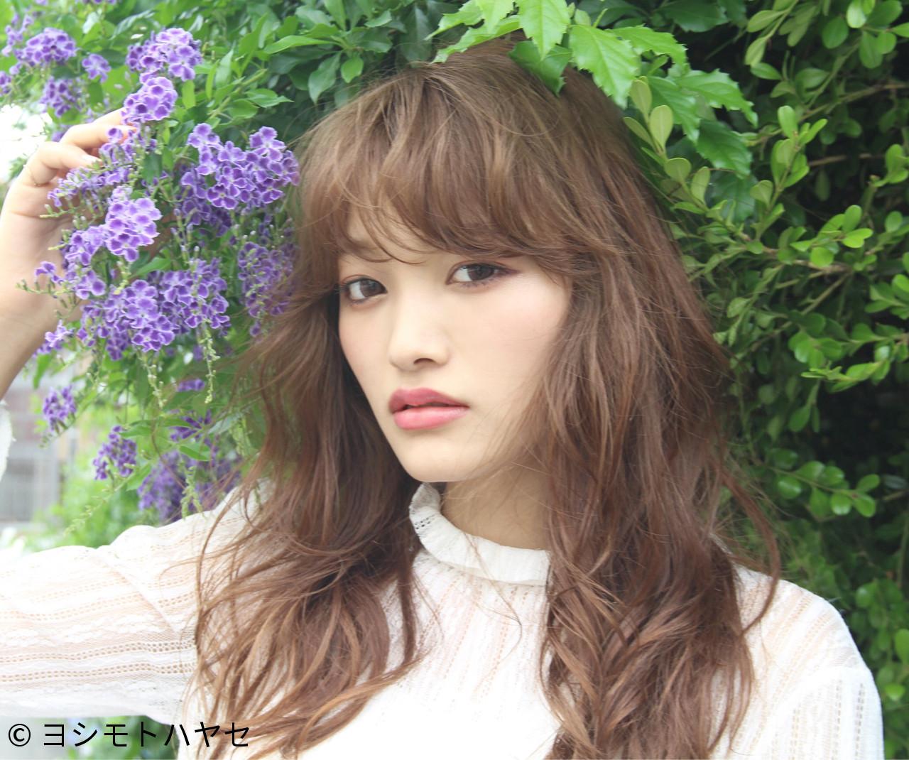 リラックス デート ウェーブ 雨の日 ヘアスタイルや髪型の写真・画像 | hayase (ヨシモトハヤセ) / Nove Lina