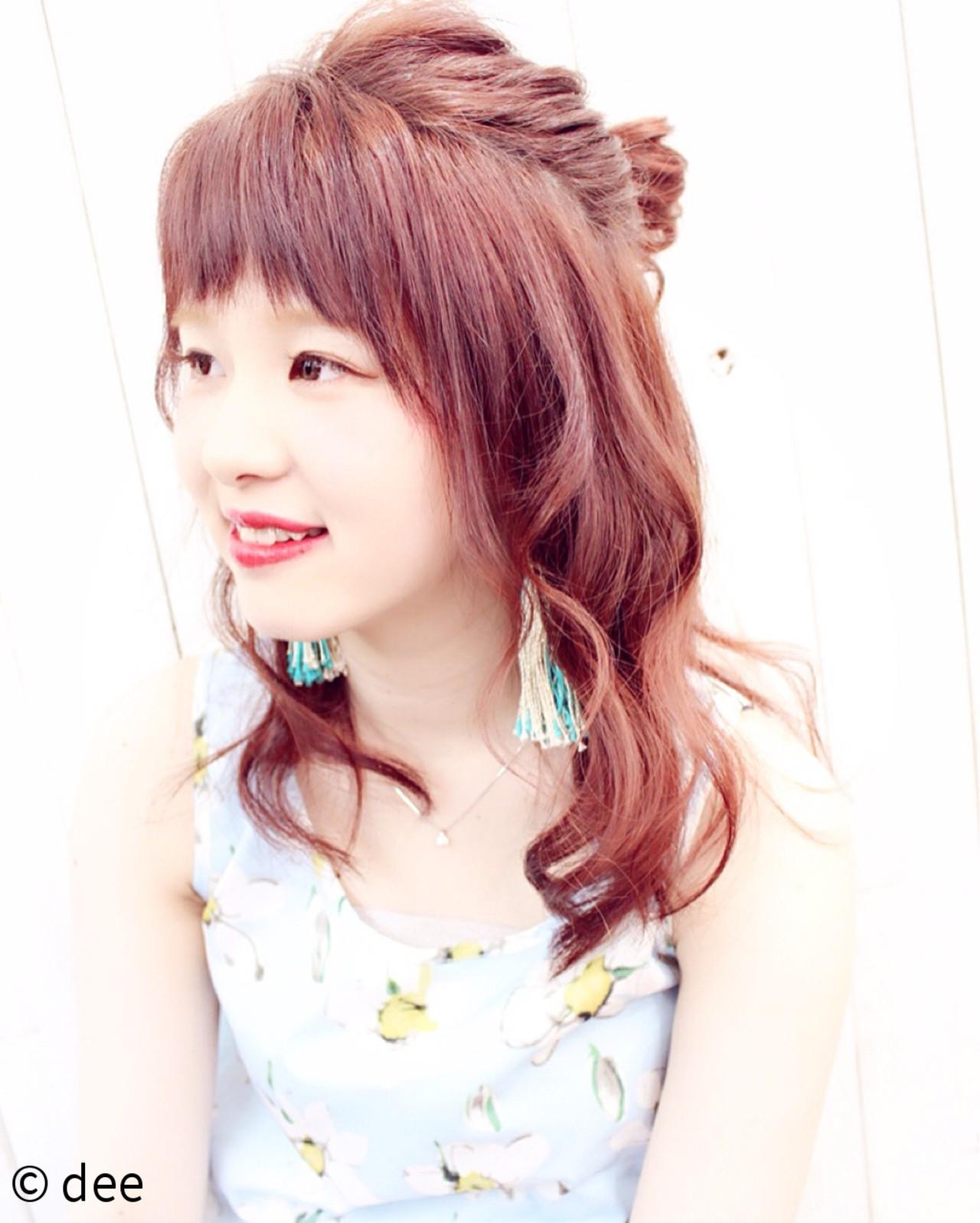 涼しげ 簡単ヘアアレンジ ピンク お団子 ヘアスタイルや髪型の写真・画像 | dee / dee