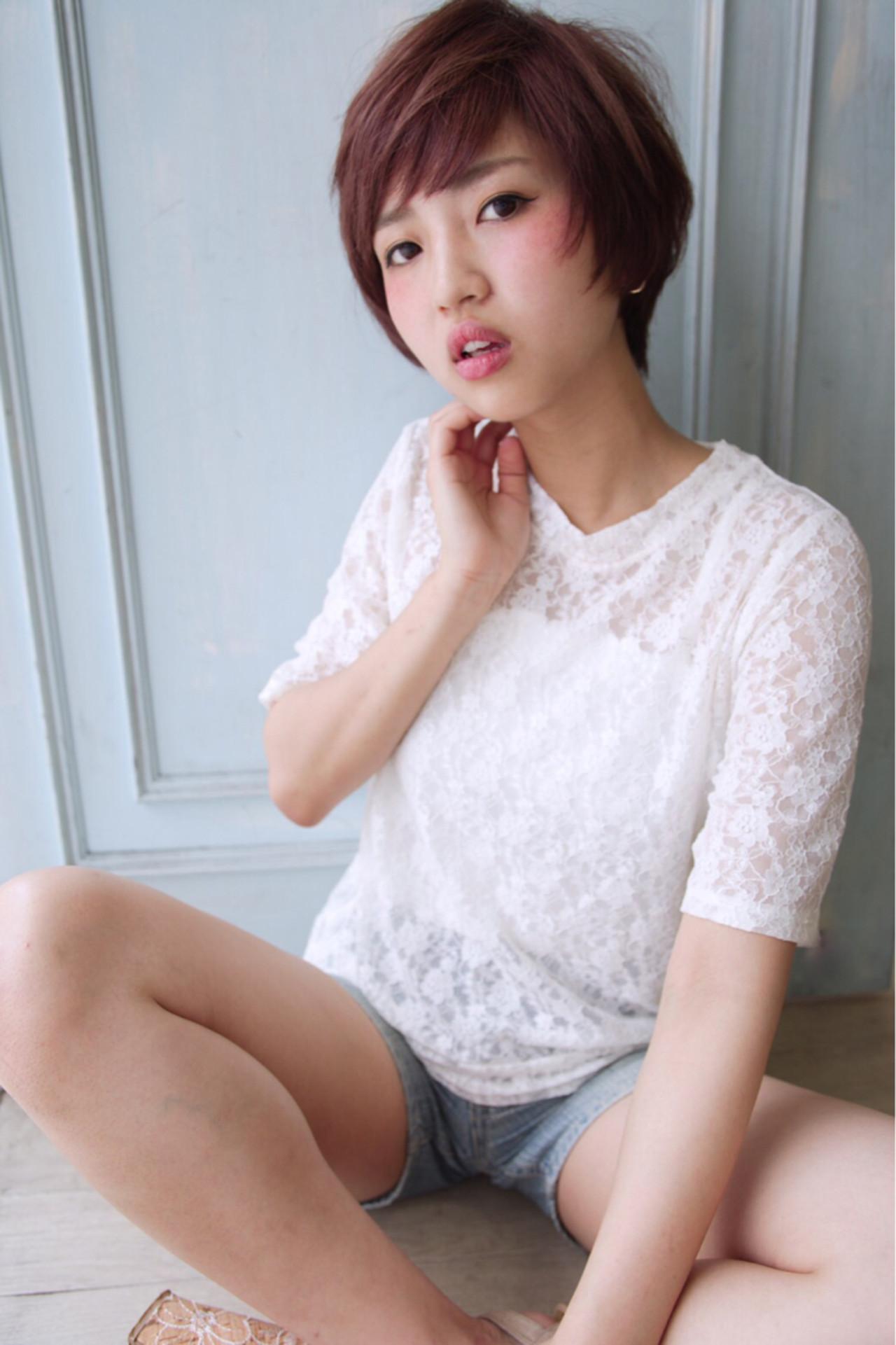 大人かわいい かっこいい ナチュラル ショートヘアスタイルや髪型の写真・画像