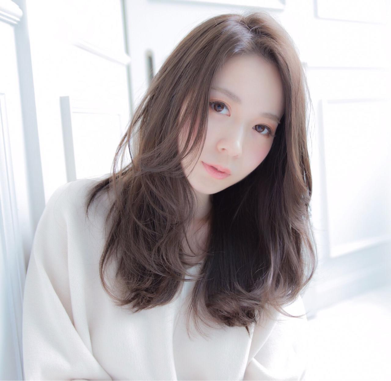 上品 ベージュ 大人かわいい 外国人風 ヘアスタイルや髪型の写真・画像 | 高橋 アリサ /