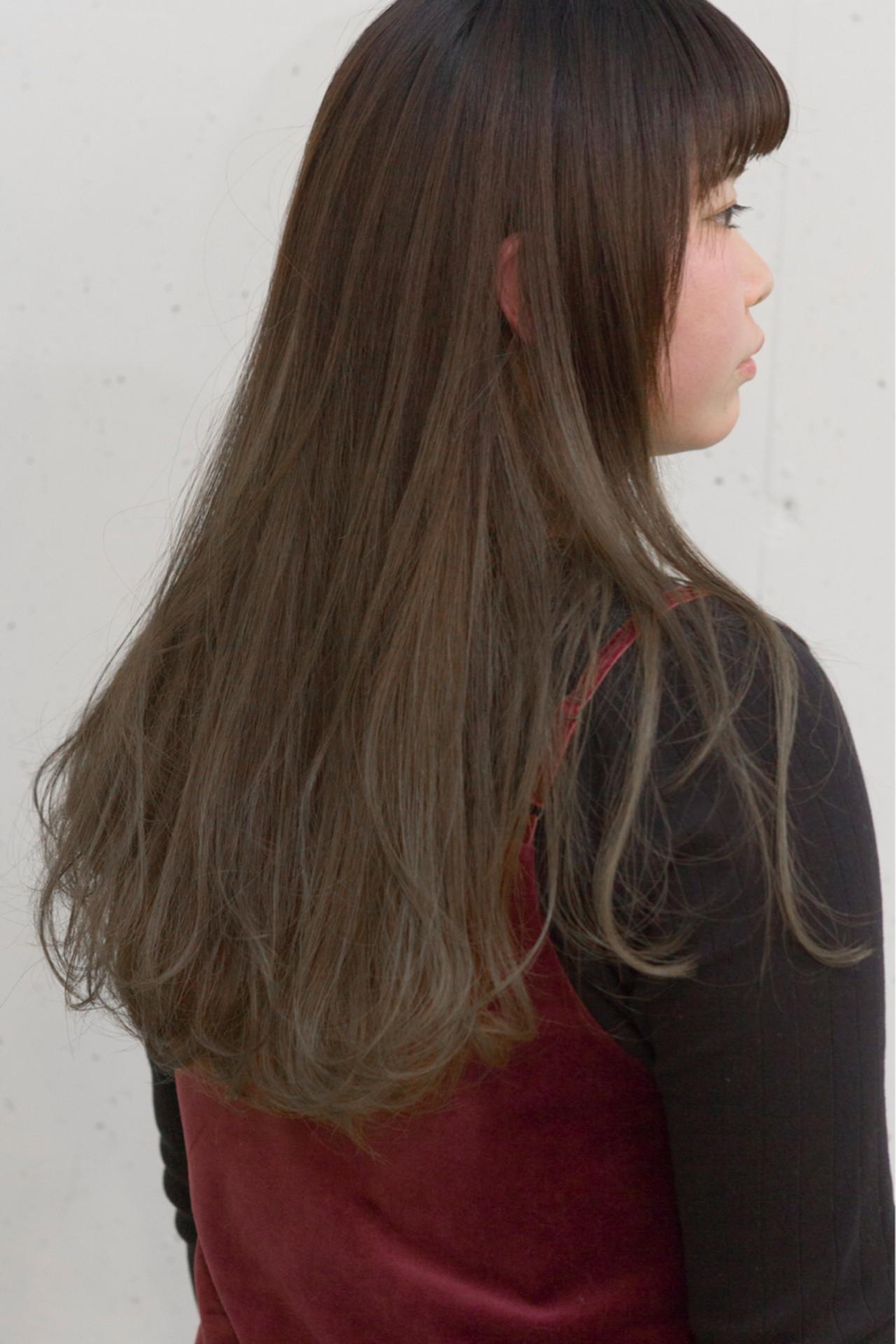 ロング ナチュラル ミルクティー 大人かわいい ヘアスタイルや髪型の写真・画像 | sowi 阿部 辰也 / sowi hair design ソーイ