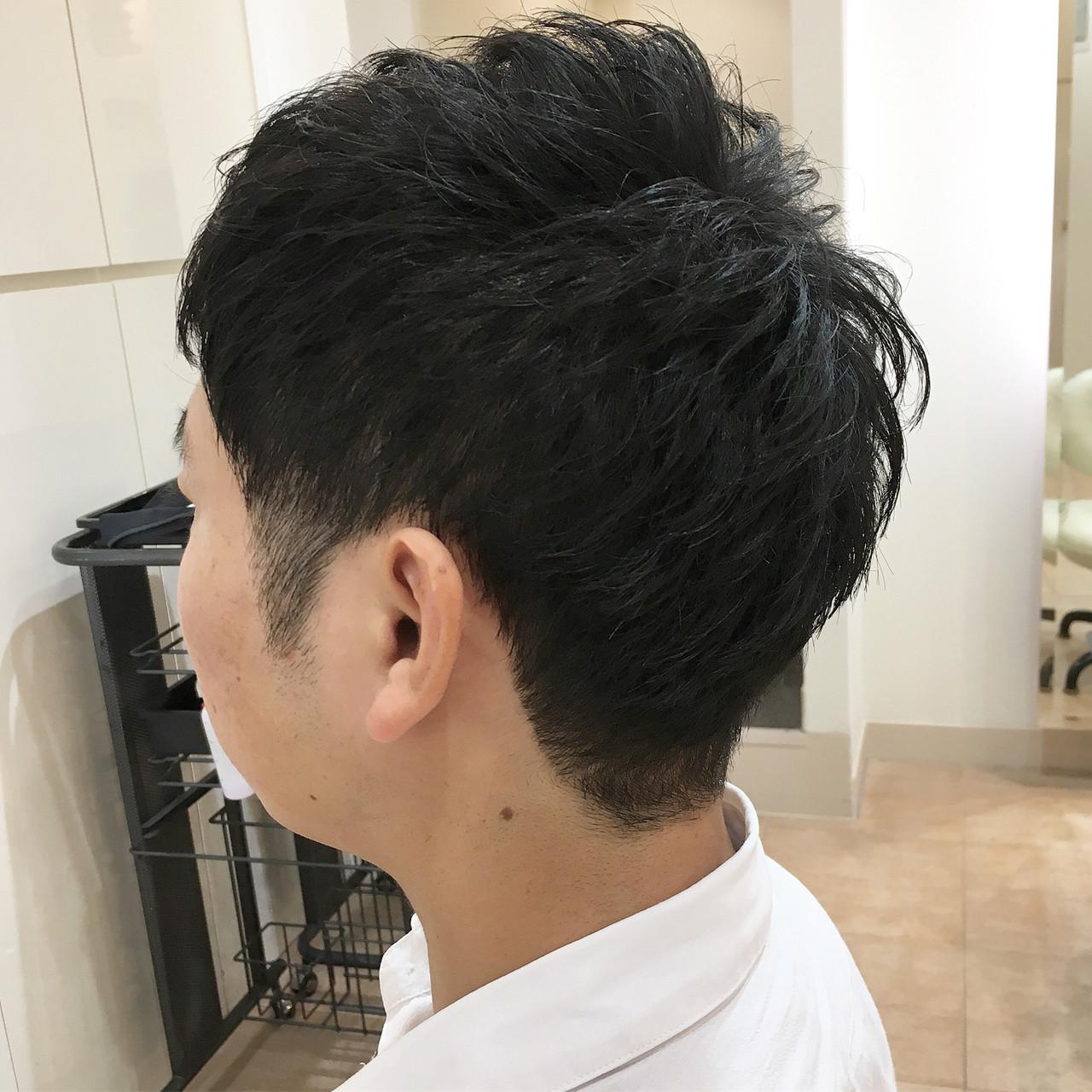 ツーブロック ナチュラル メンズカット メンズショートヘアスタイルや髪型の写真・画像