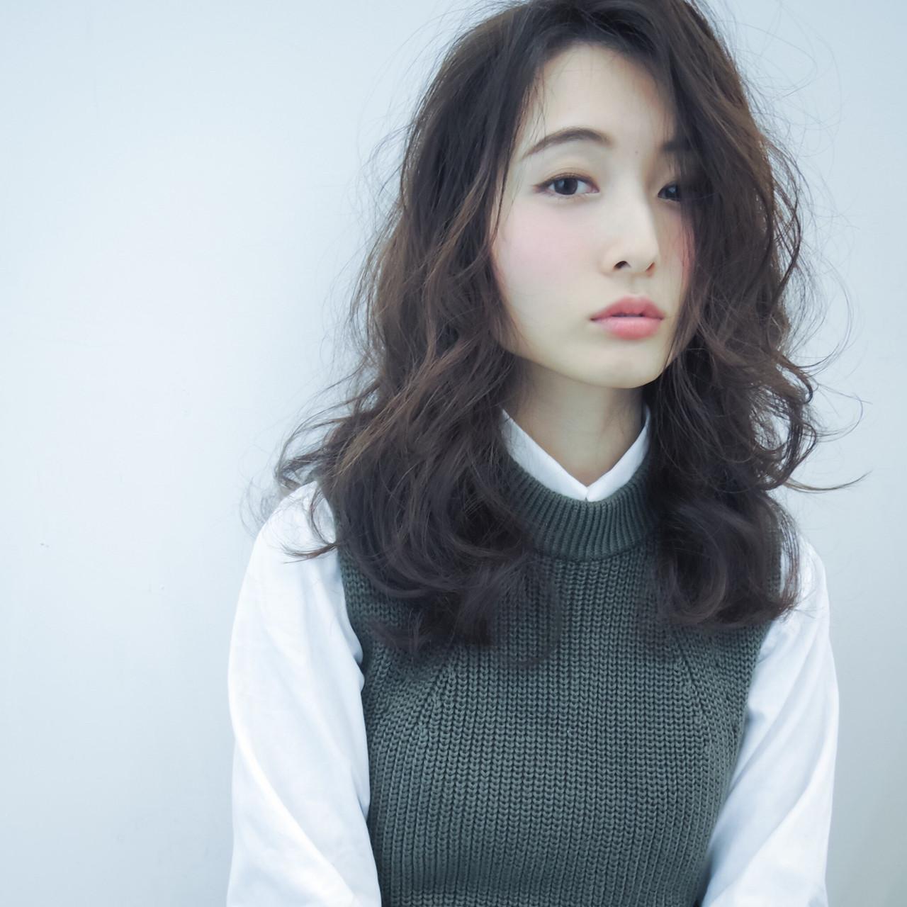 ゆるふわ パーマ ハイライト ナチュラル ヘアスタイルや髪型の写真・画像   吉川 ミチオ / SHIKIO  HAIR DESIGN 天神・大名・赤坂・警固