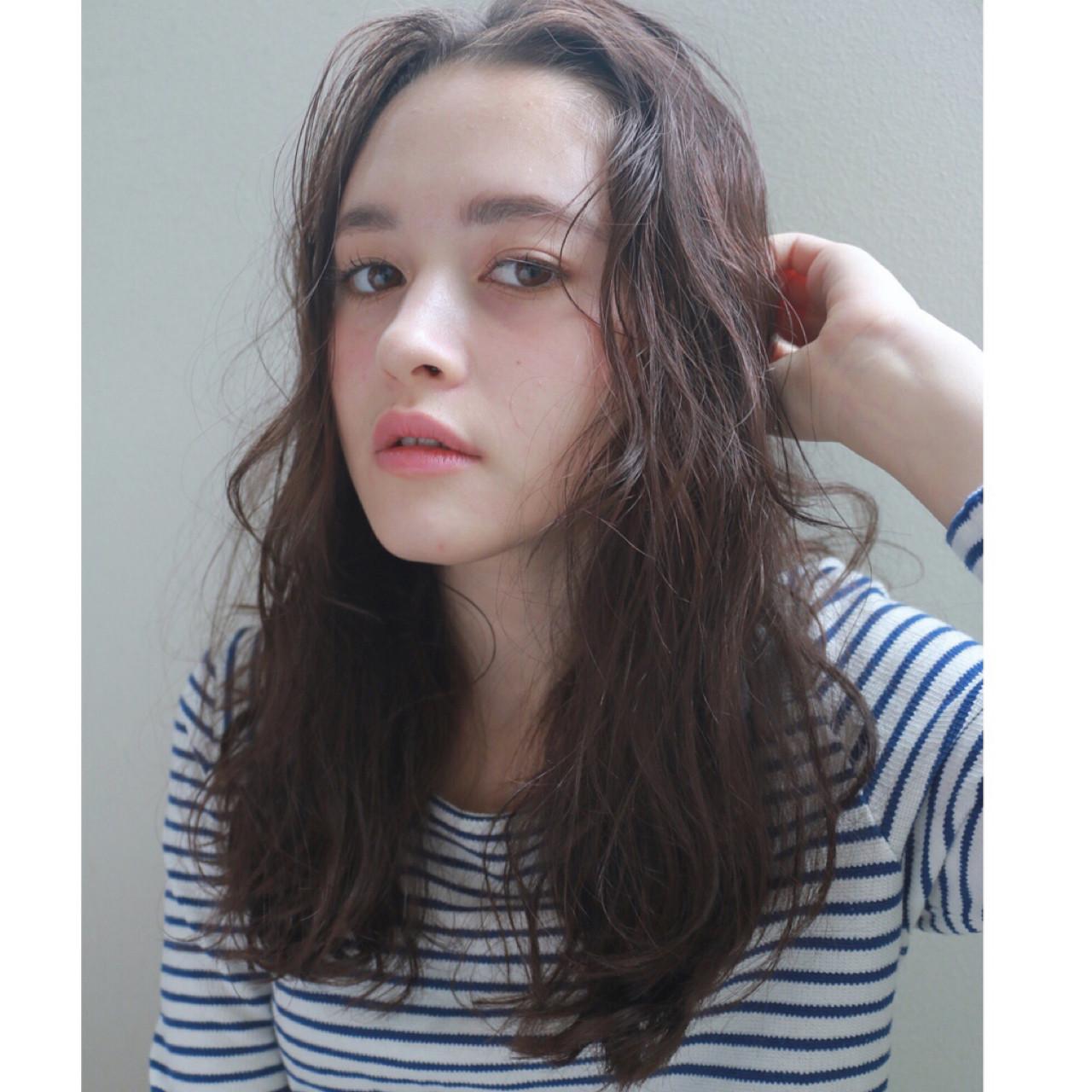 セミロング ナチュラル 暗髪 くせ毛風 ヘアスタイルや髪型の写真・画像 | 高橋 忍 / nanuk渋谷店(ナヌーク)