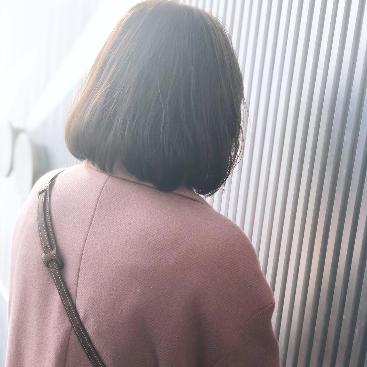 ナチュラル アッシュ 透明感 グレージュ ヘアスタイルや髪型の写真・画像   萩原 翔志也/ブリーチなしグレージュ/ストレート / Vicca 青山