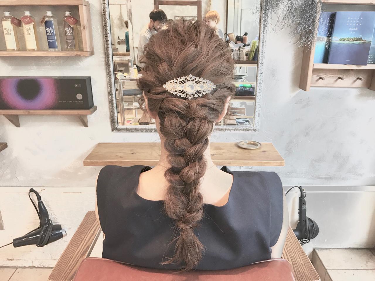ショート ナチュラル 結婚式 簡単ヘアアレンジ ヘアスタイルや髪型の写真・画像 | 川原一高(カワハラカズタカ) / loty hair design