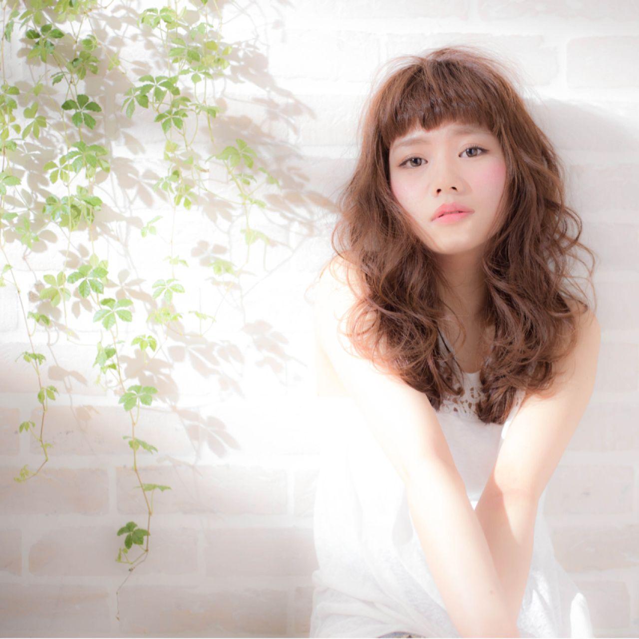 ナチュラル ロング 簡単 ウェーブ ヘアスタイルや髪型の写真・画像 | 金野 朋晃 / KATE omotesando
