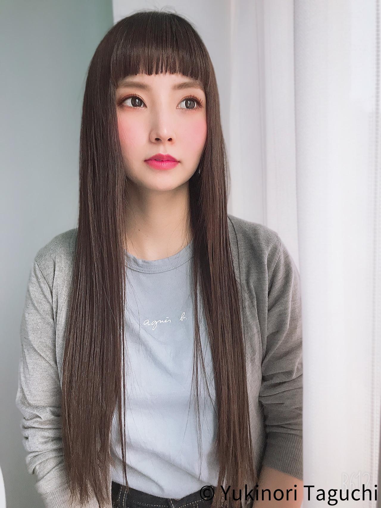 ロング 前髪パッツン ガーリー 大人カジュアル ヘアスタイルや髪型の写真・画像 | Yukinori Taguchi / Belle  Coupes