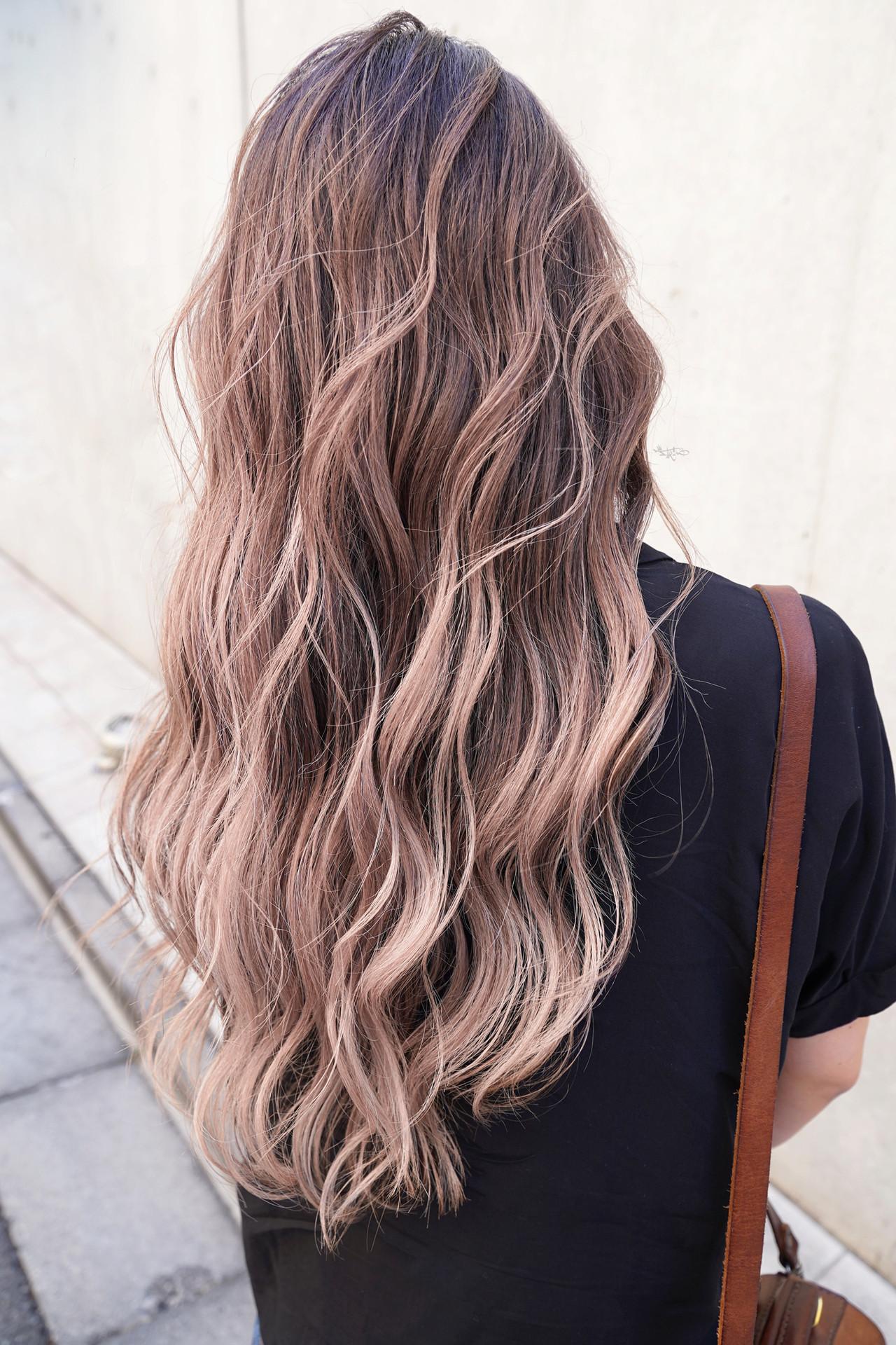 外国人風カラー ハイライト ガーリー ローライト ヘアスタイルや髪型の写真・画像 | TAKEMI / BEBE 表参道