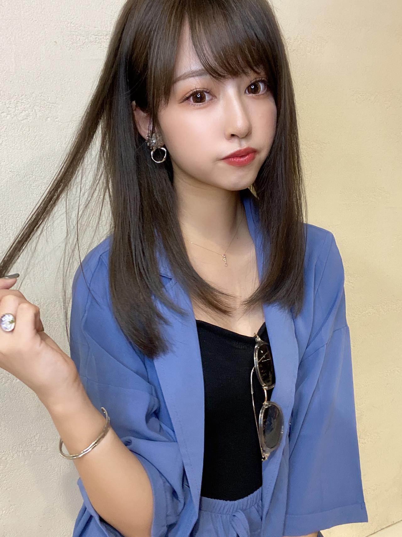ミディアム 大人可愛い グレージュ ラベンダーグレージュ ヘアスタイルや髪型の写真・画像