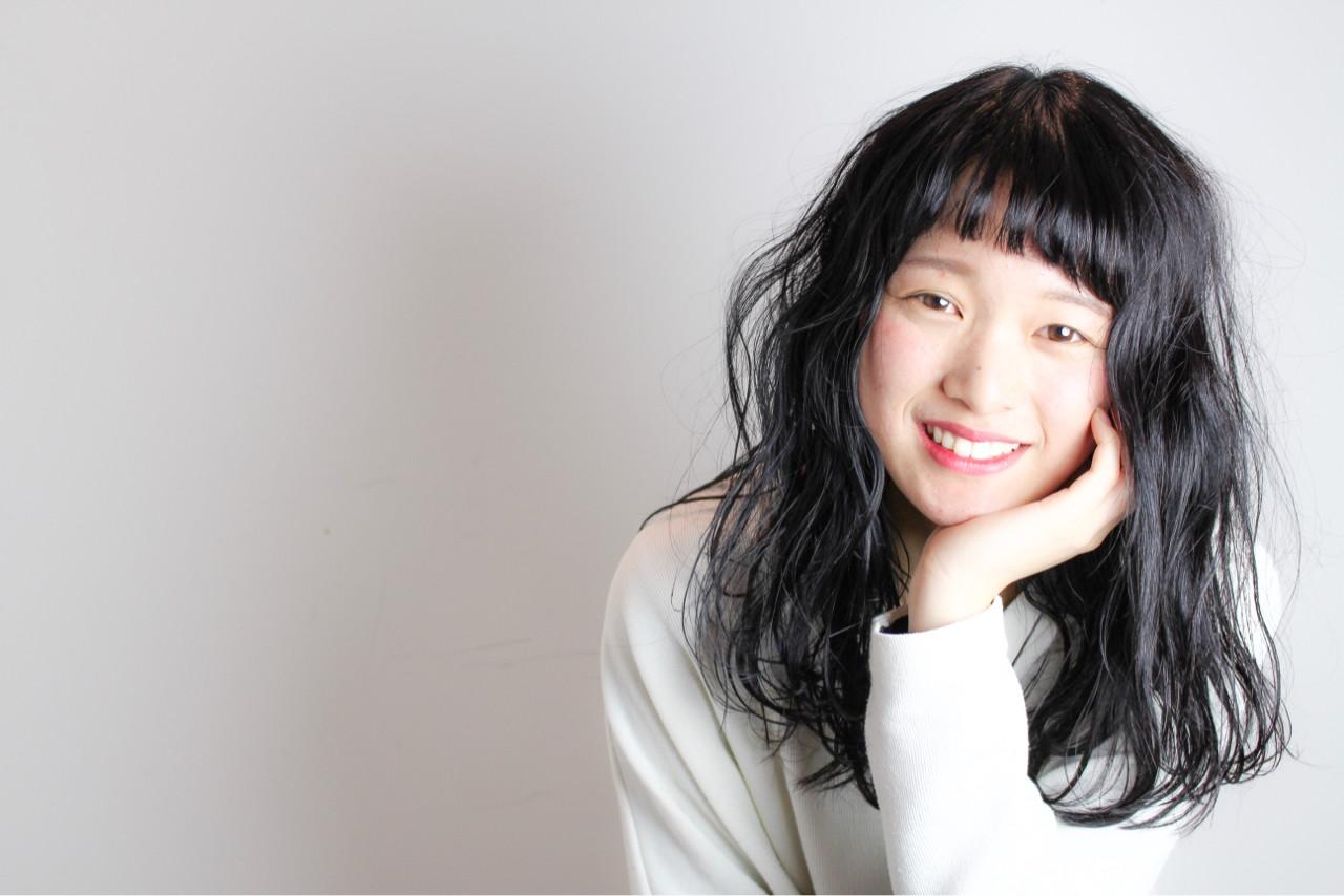 パーマ ミディアム 黒髪 ナチュラル ヘアスタイルや髪型の写真・画像   和田 成泰 / LAXA HAIR WORKS