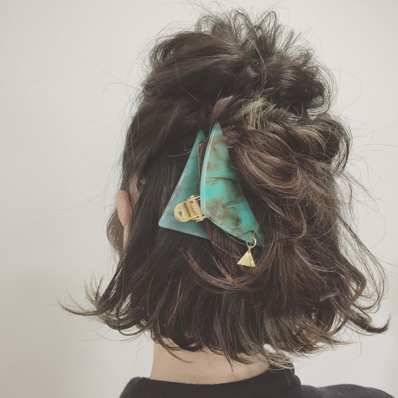 くるりんぱ ヘアアレンジ 簡単ヘアアレンジ 外ハネヘアスタイルや髪型の写真・画像