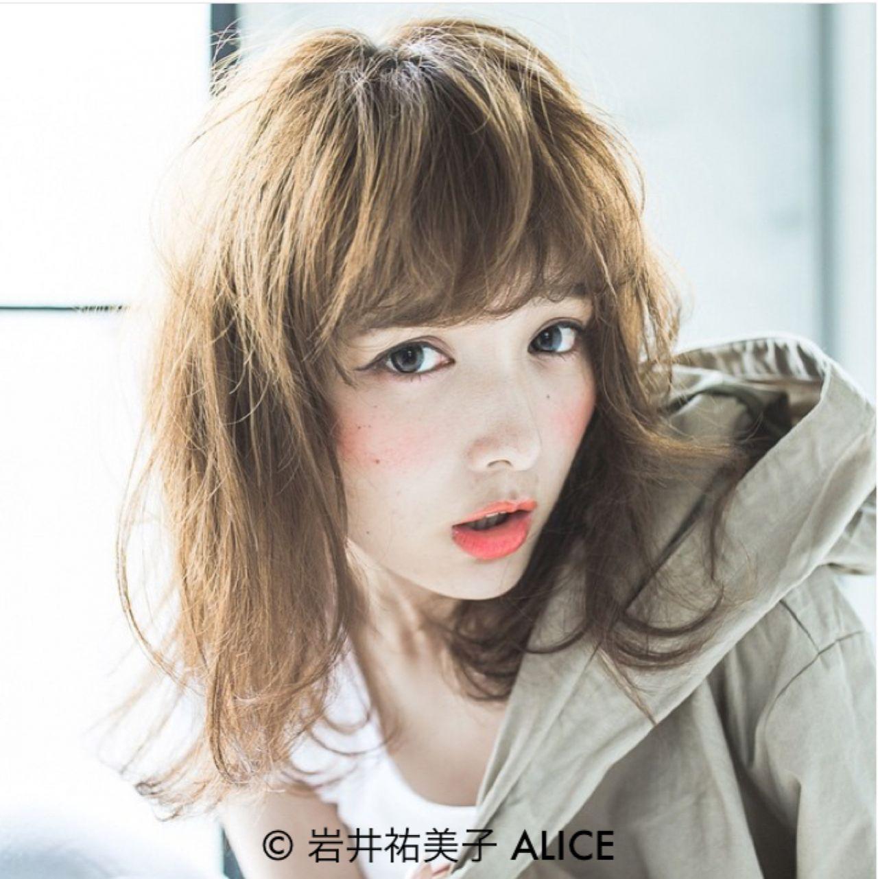 前髪重めスタイルでデカ目&小顔をつくる方法まとめ 岩井祐美子 ALICE