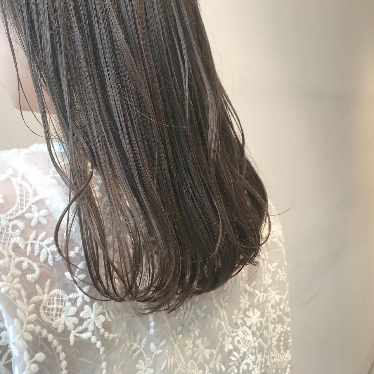 オリーブベージュ 透明感カラー ブリーチ無し ナチュラル ヘアスタイルや髪型の写真・画像 | 村西 郁人 / rue