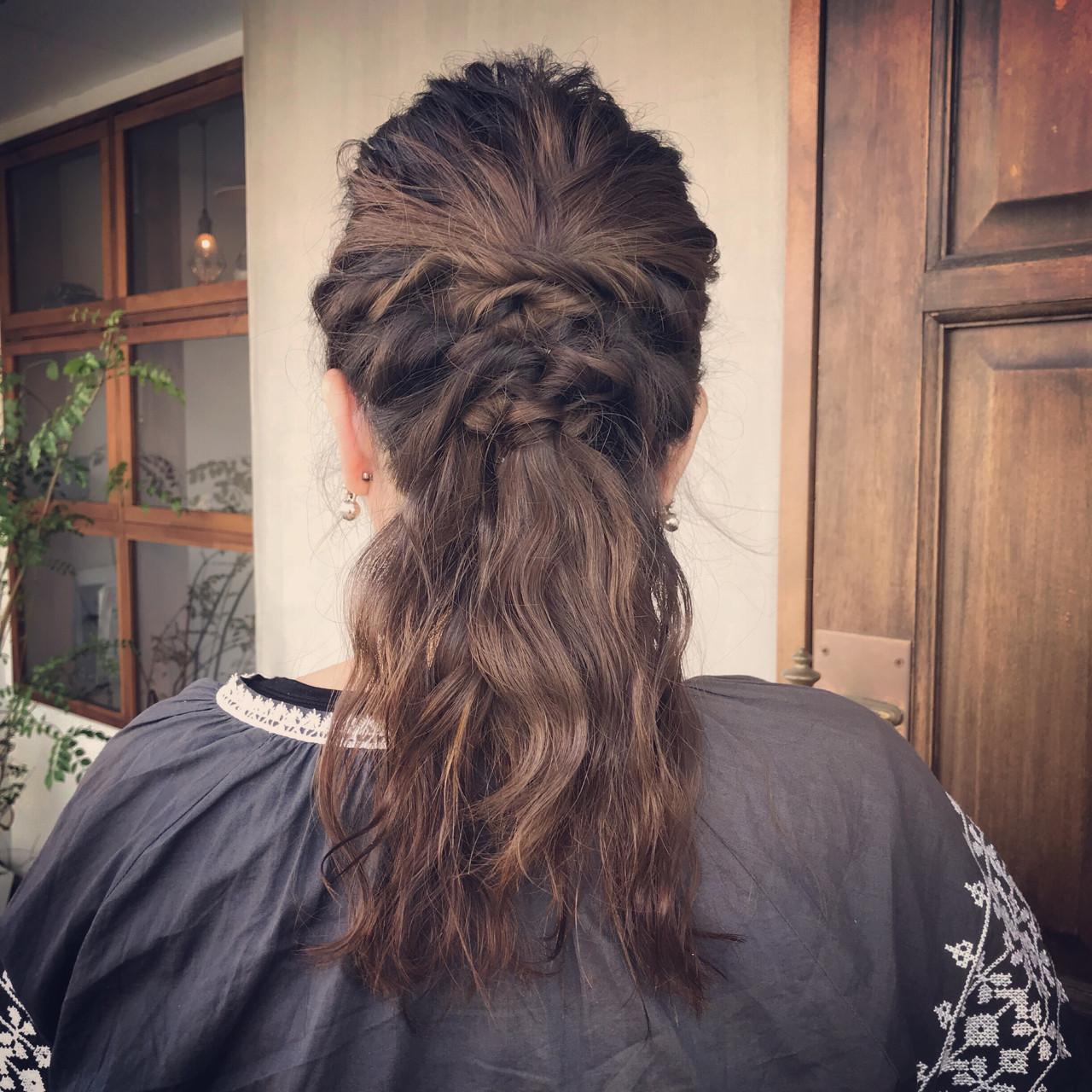 セミロング ナチュラル 謝恩会 ヘアアレンジヘアスタイルや髪型の写真・画像