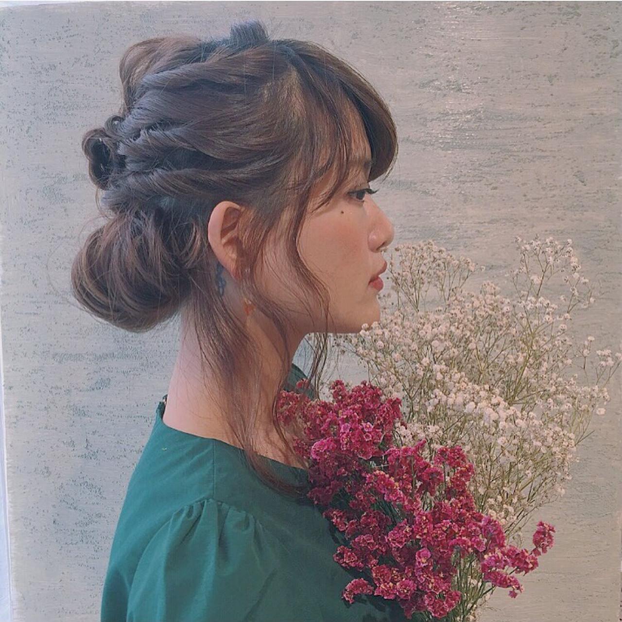 ミディアム 大人かわいい フェミニン ショート ヘアスタイルや髪型の写真・画像   Chihiro Hayakawa /