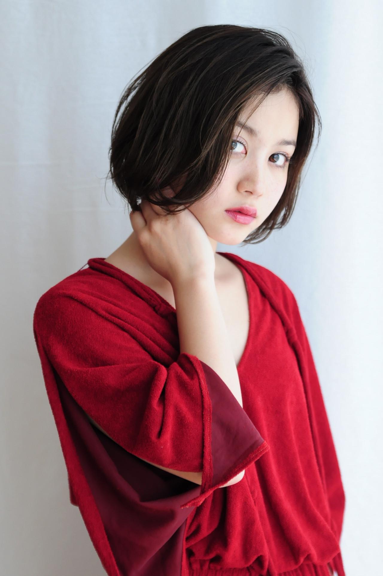 ボブ パーマ 簡単ヘアアレンジ アンニュイほつれヘア ヘアスタイルや髪型の写真・画像 | 成田沙也加 / tricca Daikanyama