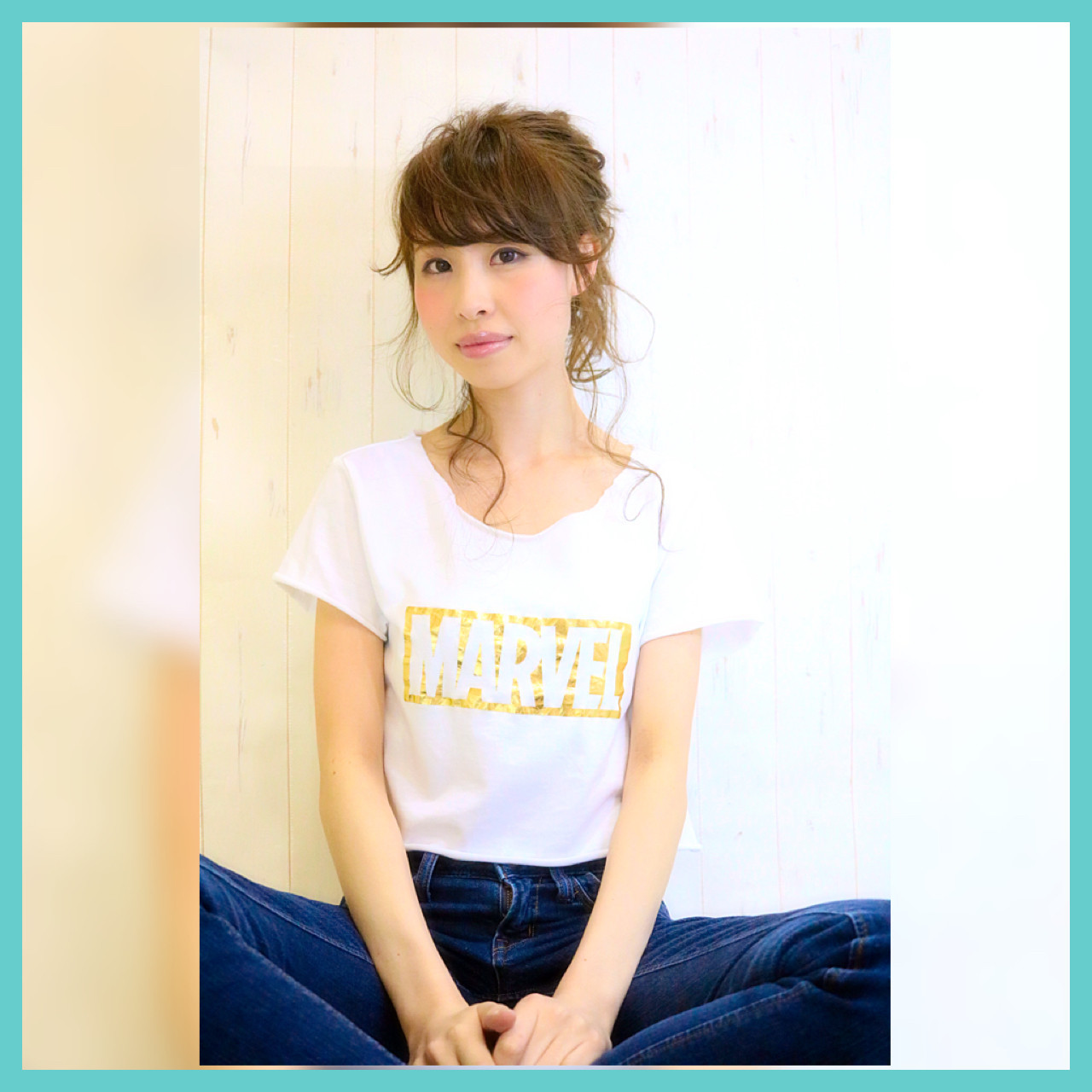 ゆるふわ セミロング アッシュ フェミニン ヘアスタイルや髪型の写真・画像 | kazuya imaizumi / rayfield toyohashi makino