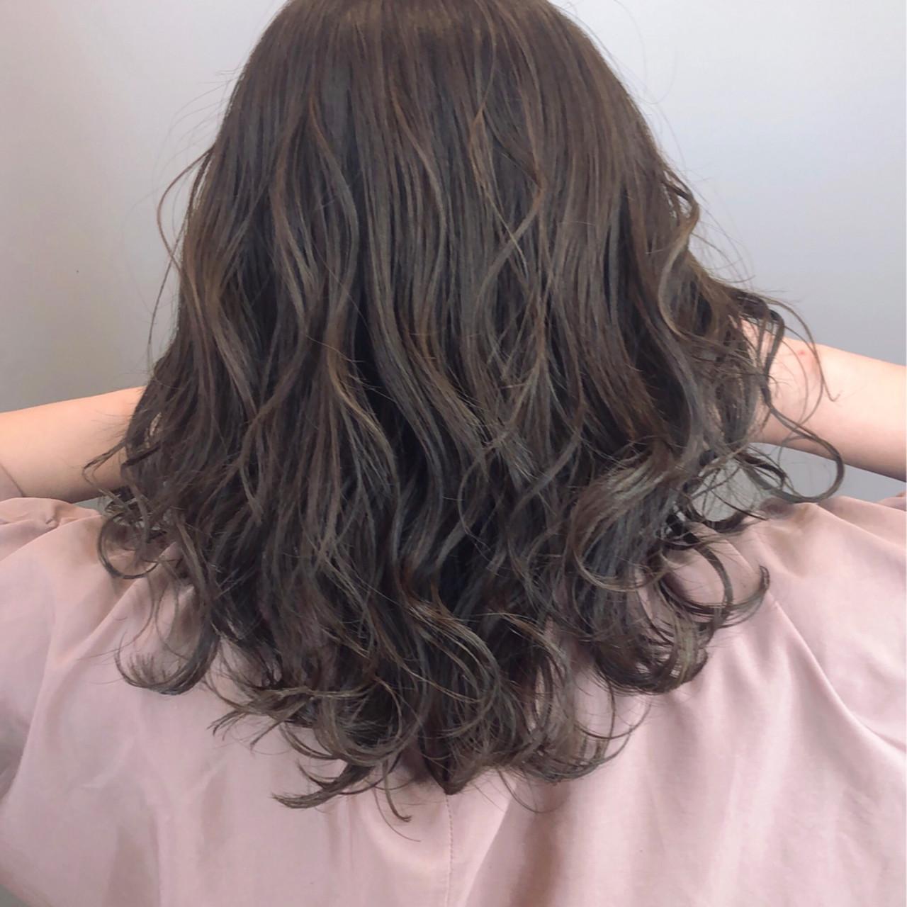 透明感 パーマ 大人可愛い 大人女子ヘアスタイルや髪型の写真・画像