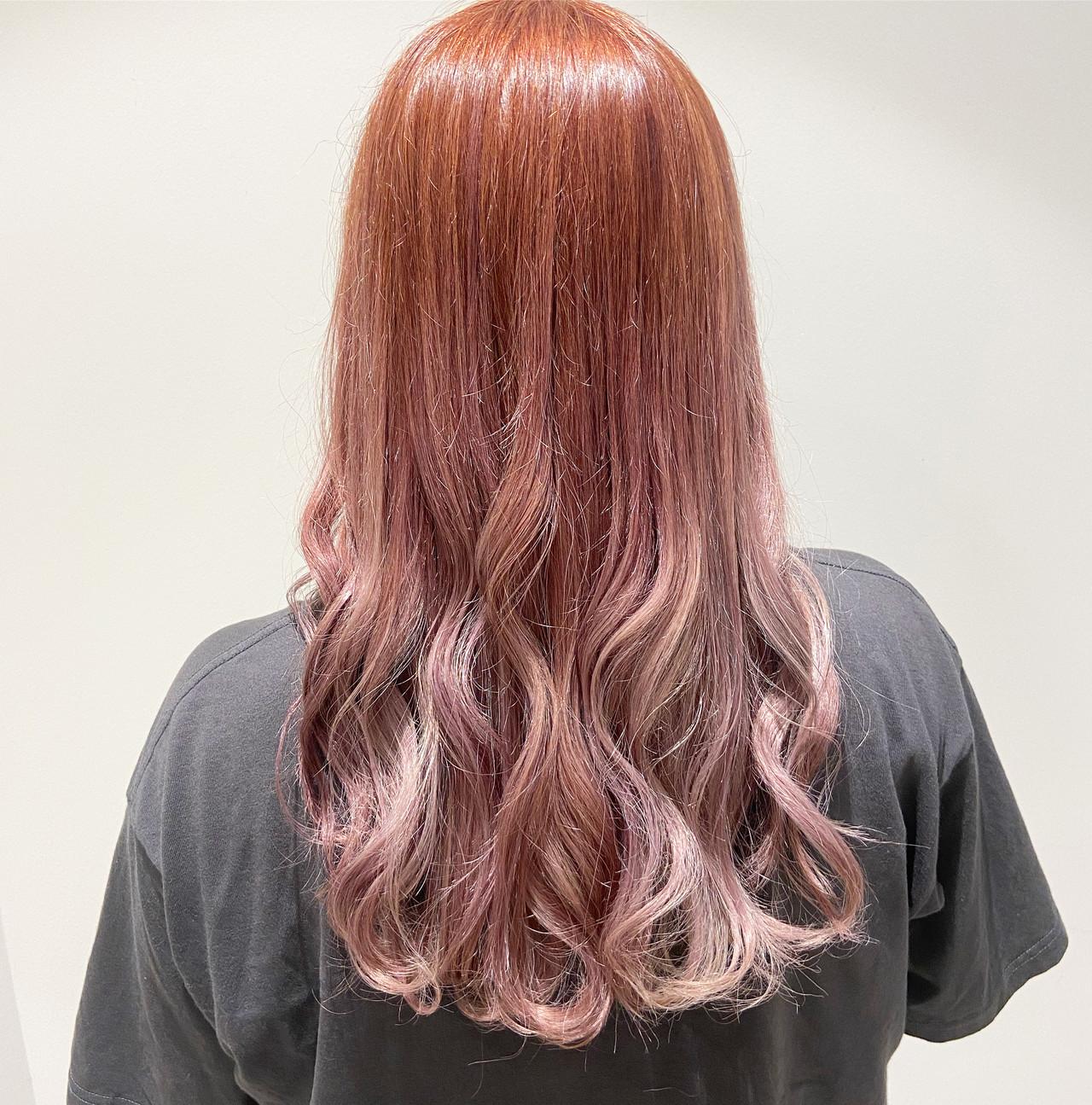 ピンクアッシュ ピンクベージュ フェミニン ミディアム ヘアスタイルや髪型の写真・画像