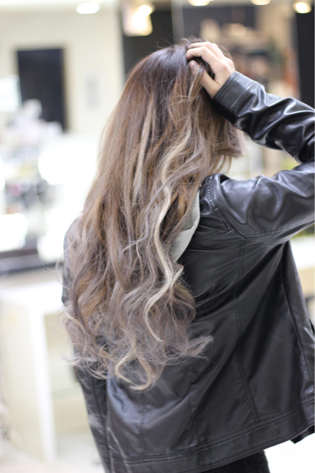 外国人風 グラデーションカラー ハイライト ロング ヘアスタイルや髪型の写真・画像 | 中山真一 / OZ 梅田