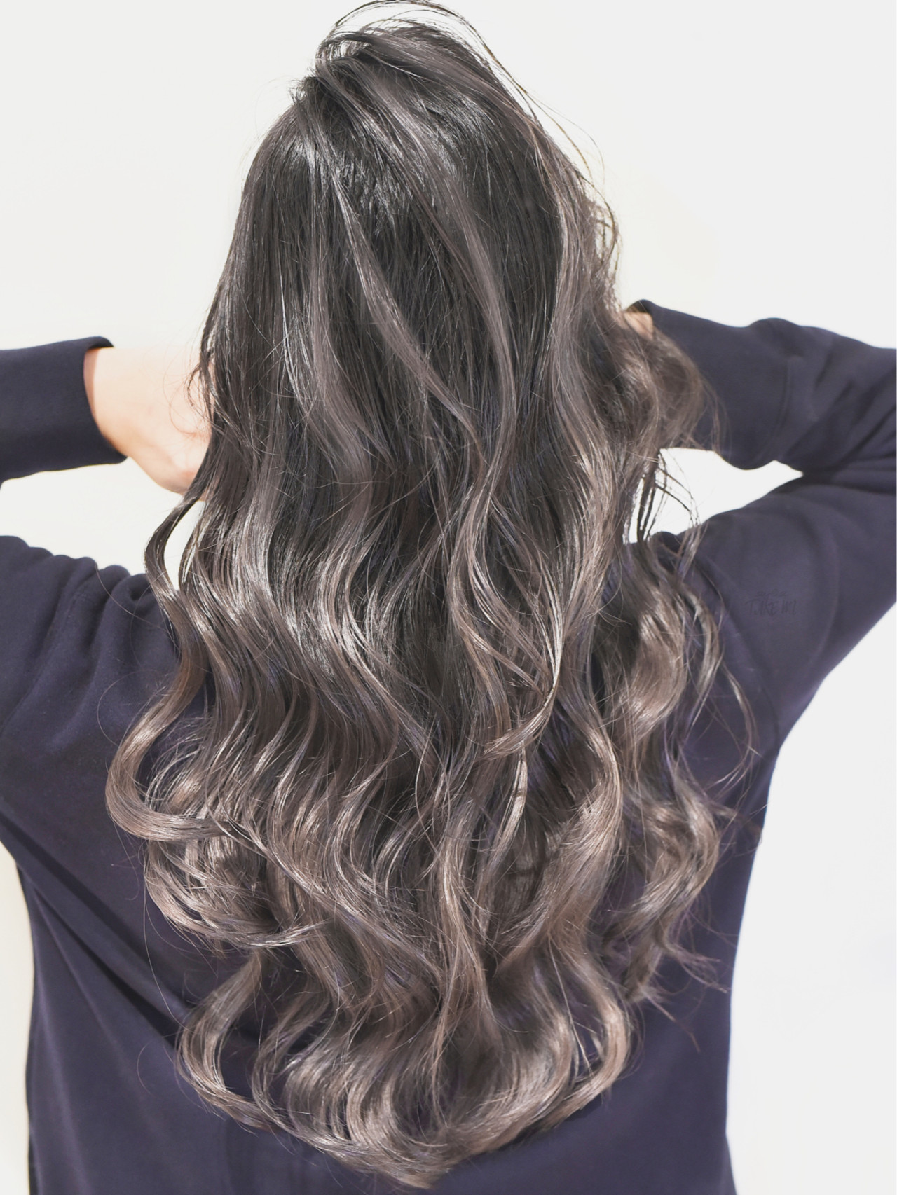 外国人風カラー ガーリー ローライト グレージュ ヘアスタイルや髪型の写真・画像 | TAKEMI / BEBE 表参道
