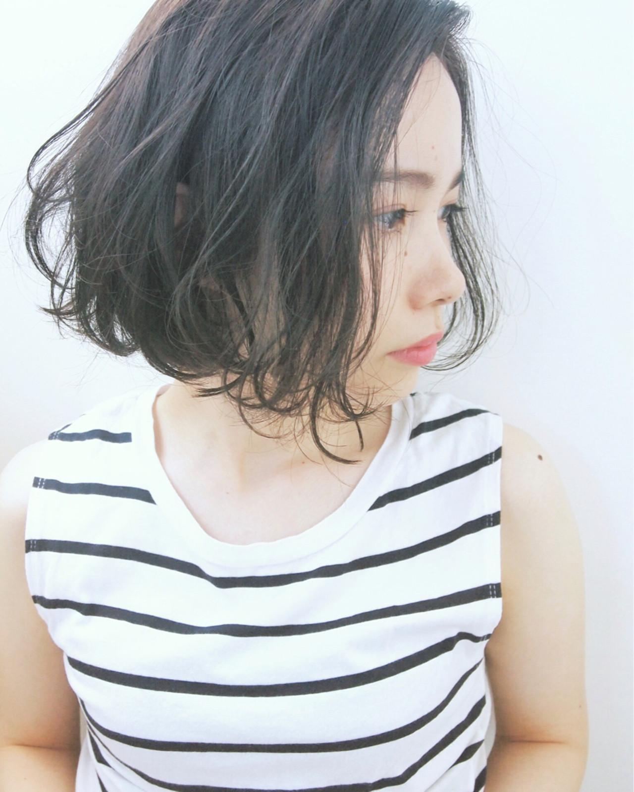 暗髪 パーマ ボブ 大人かわいい ヘアスタイルや髪型の写真・画像 | UEKI/nanuk / nanuk二子玉川