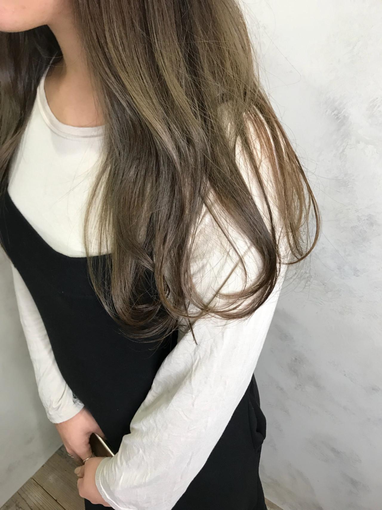 ヘアアレンジ ロング ゆるふわ デート ヘアスタイルや髪型の写真・画像   Yuuki Kamizuru / iro by siki